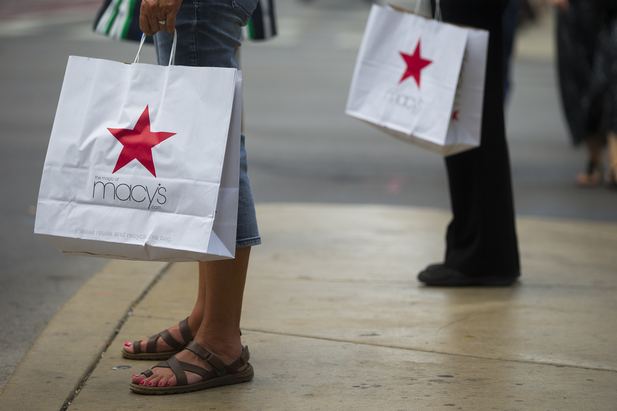ce70fe0a34ce Here s what Macy s has to do with the stores it isn t closing - Chicago  Tribune