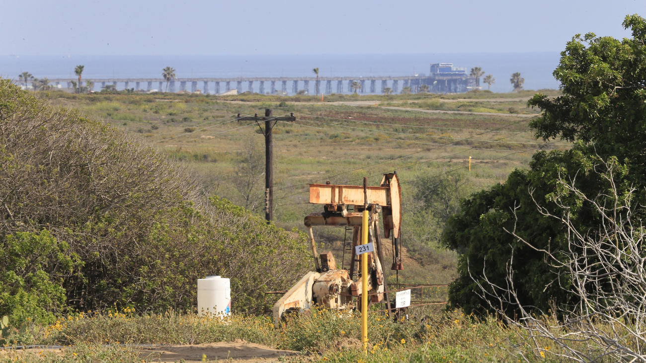 The site of the proposed Banning Ranch development now before the California Coastal Commission. (Allen J. Schaben / Los Angeles Times) None