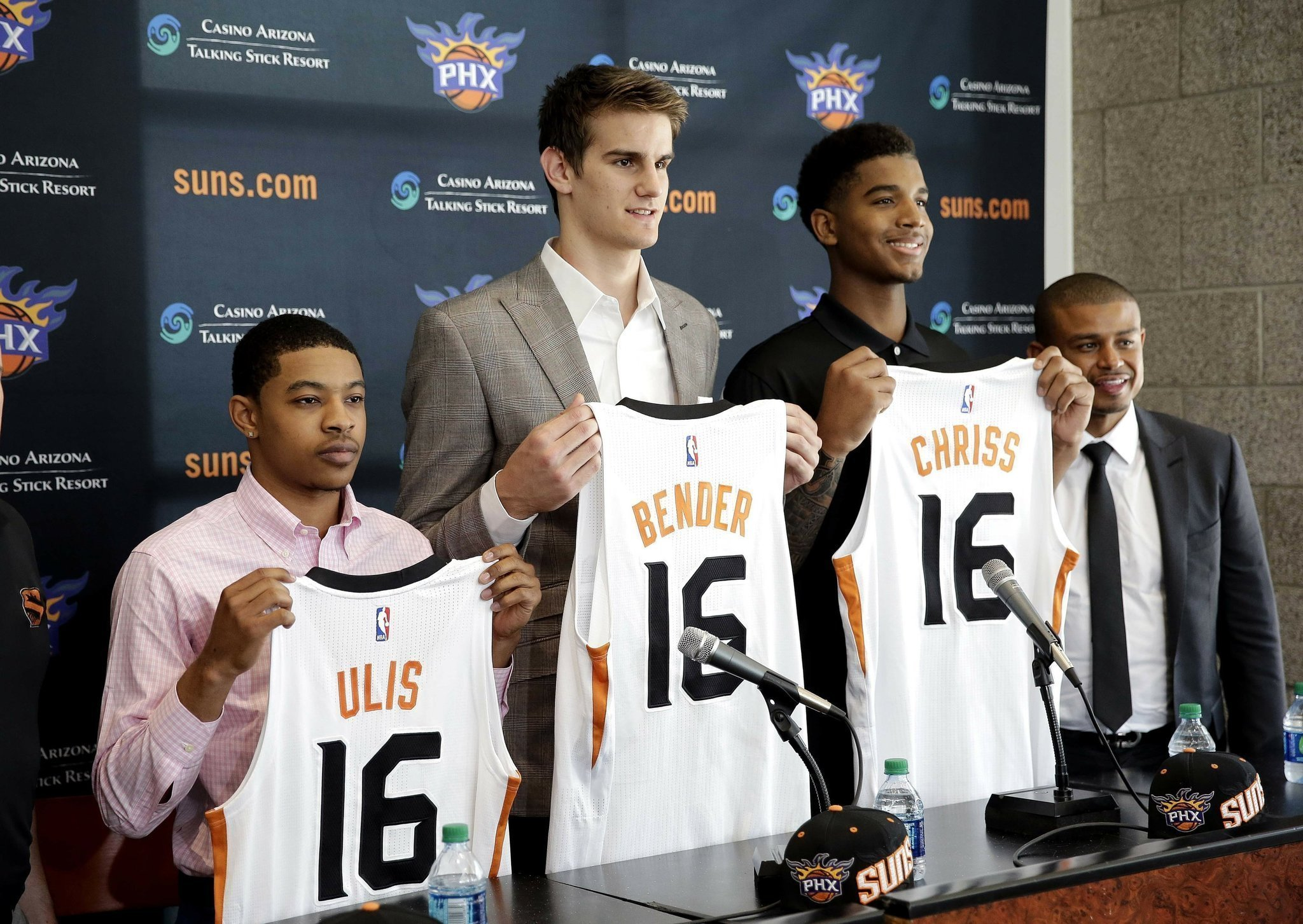 24cd24f233e ... Phoenix Suns accelerate rebuilding process with 2016 draft - The San  Diego Union-Tribune Former UK player Tyler Ulis ...
