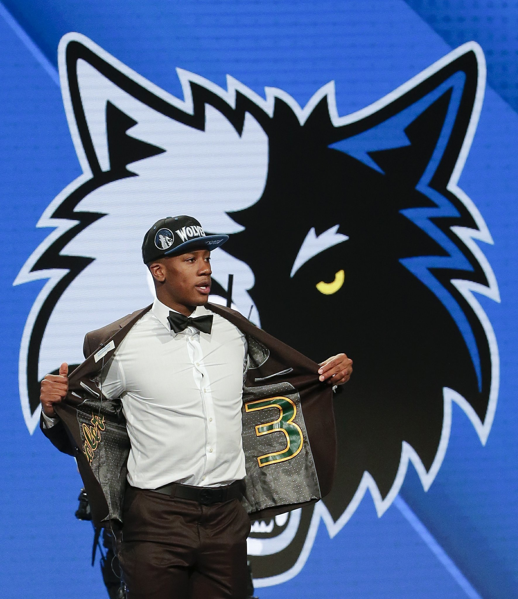 38759f4ab Timberwolves draft Friars  Kris Dunn with 5th overall pick - The San Diego  Union-Tribune