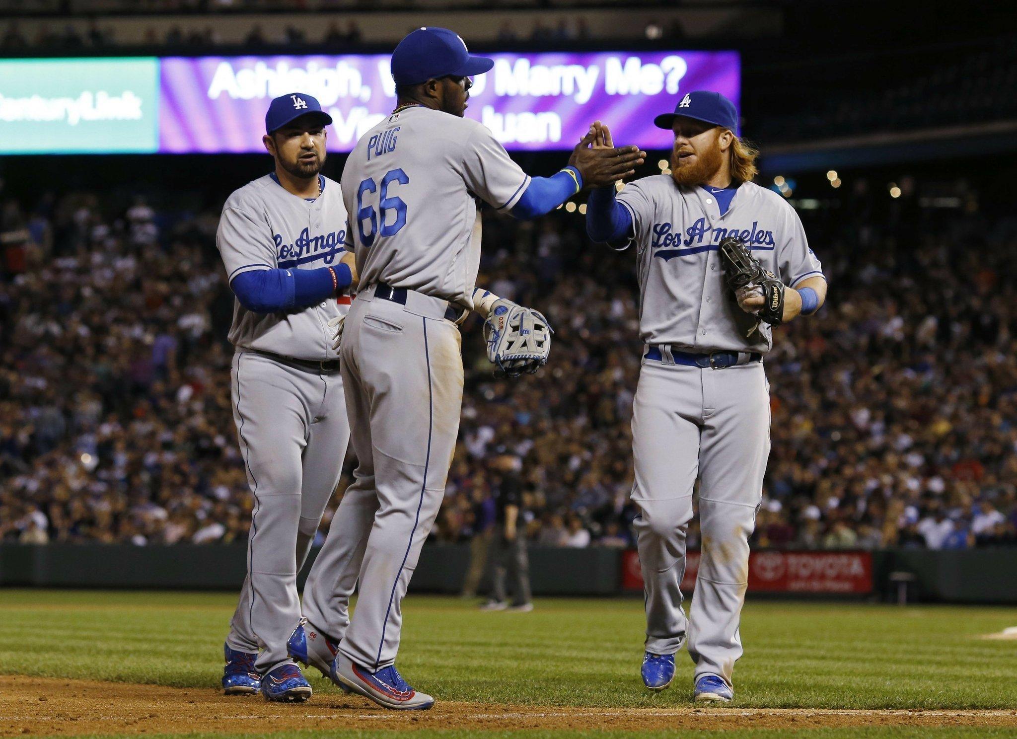 Dodgers strike early 28cfed31a