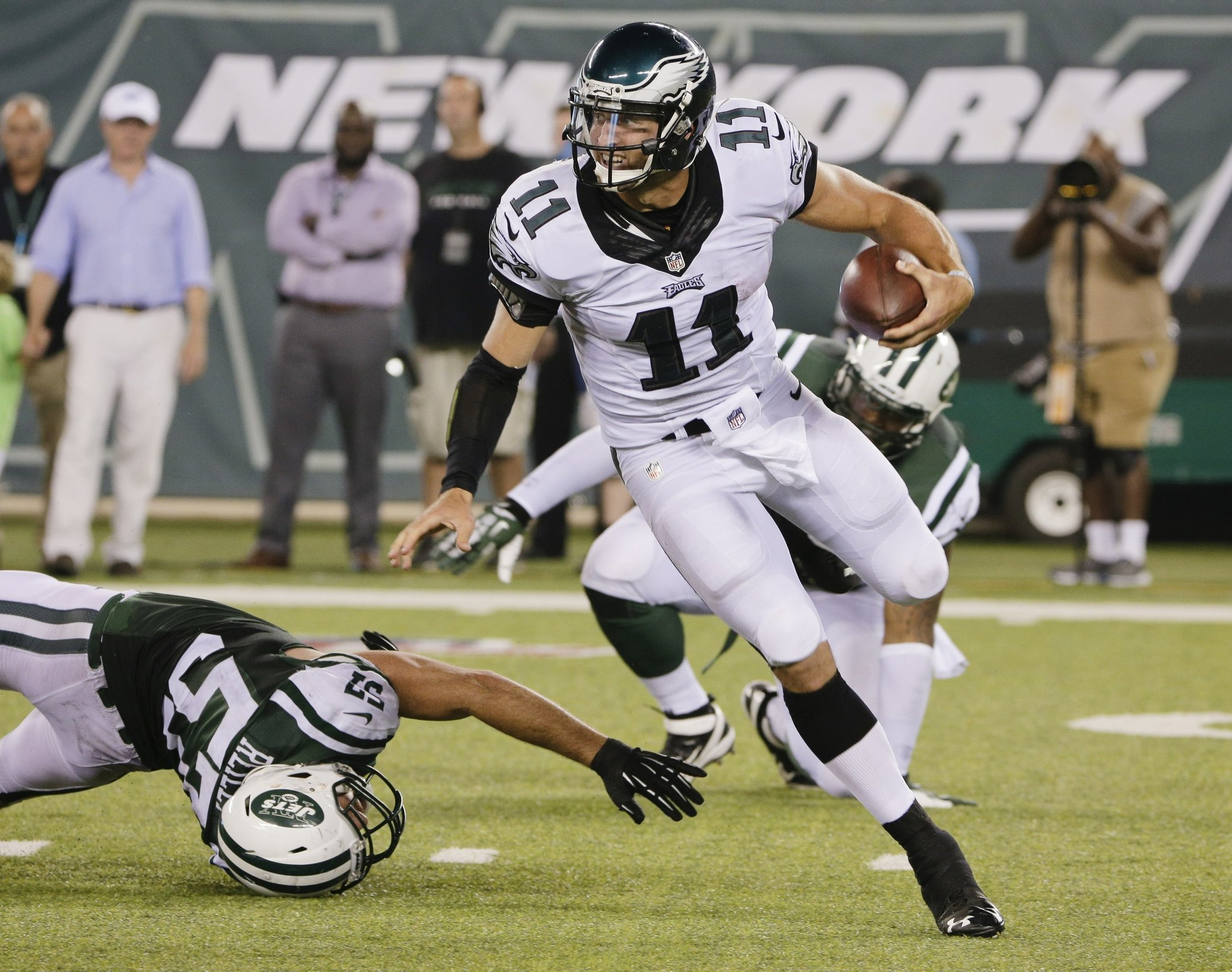 4e3c34a91 Eagles clear spot for Tebow