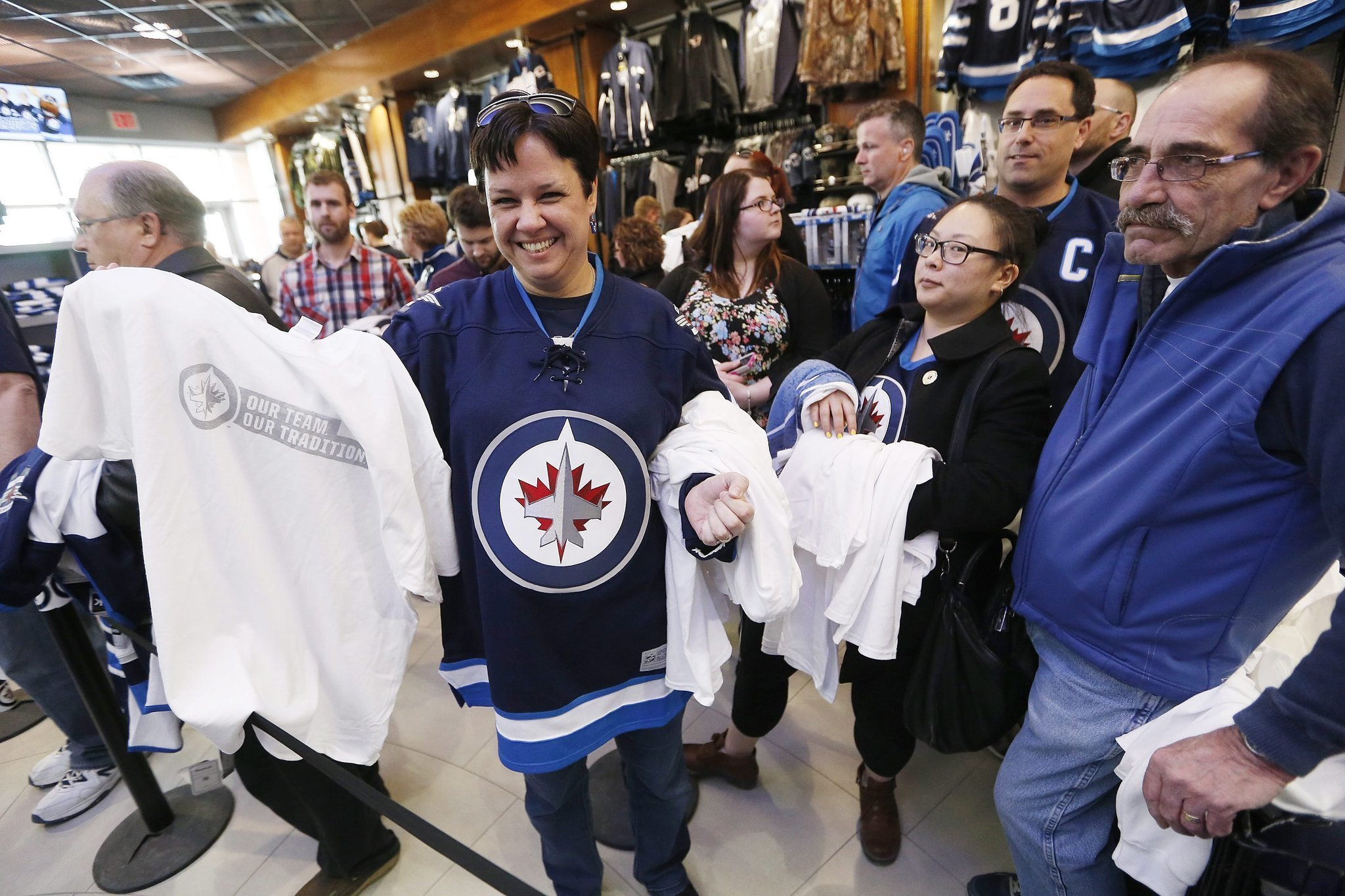 d9258a2ffd2 Whiteout in Winnipeg for NHL playoffs - The San Diego Union-Tribune