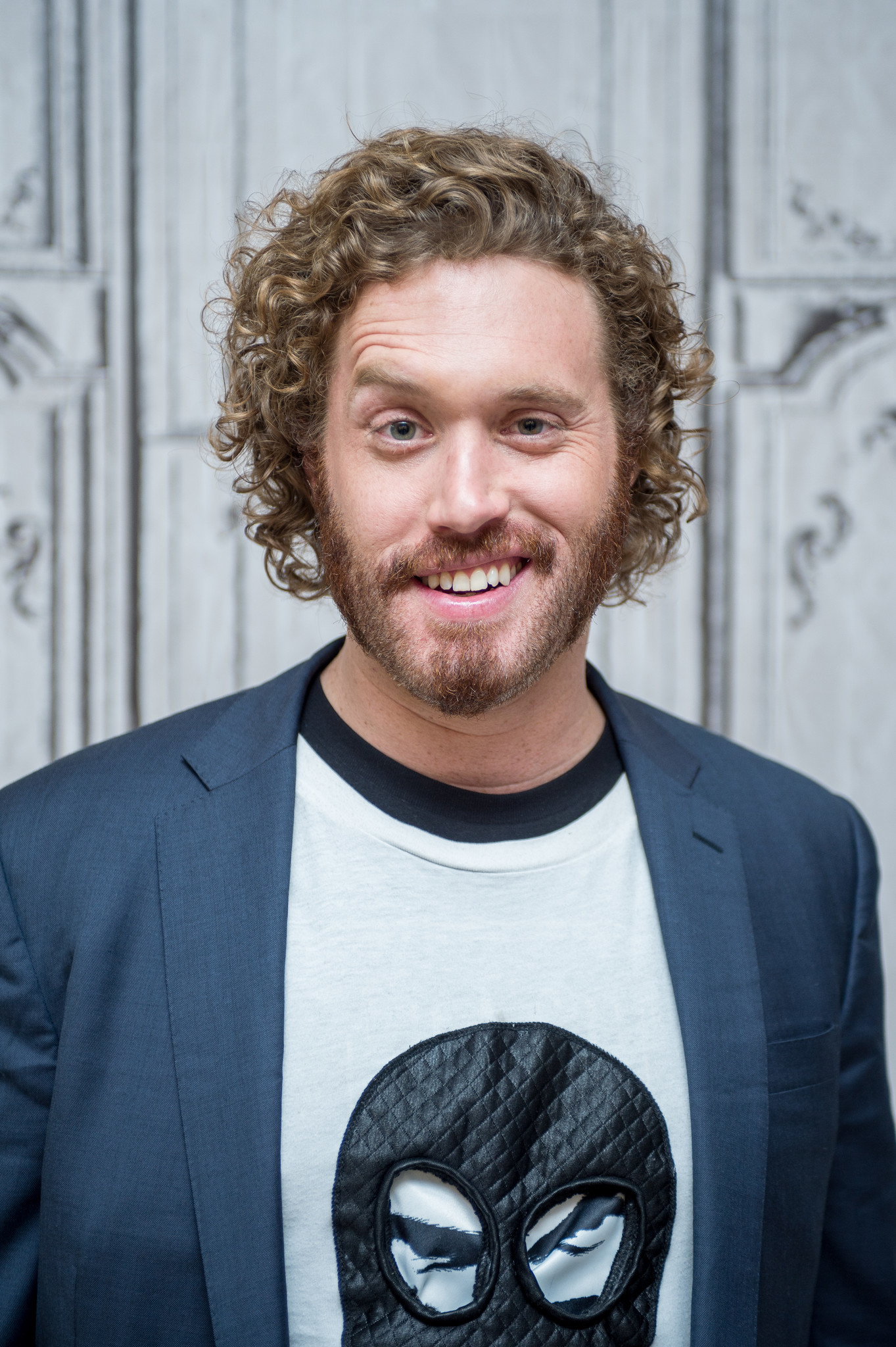 Review: T.J. Miller's long road to funny at the Vic ...