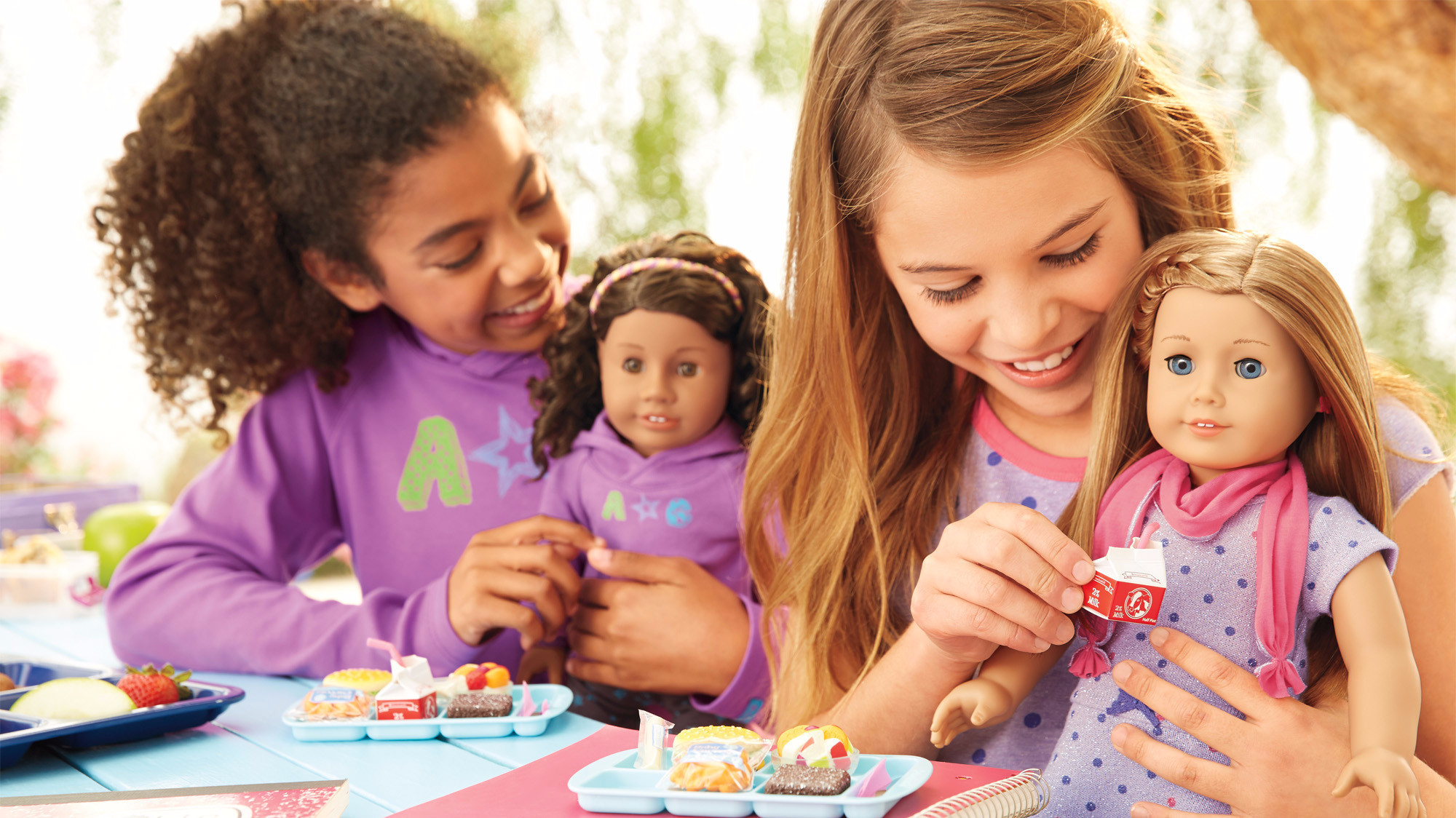 toys r us plans to sell a selection of american girl dolls la times. Black Bedroom Furniture Sets. Home Design Ideas