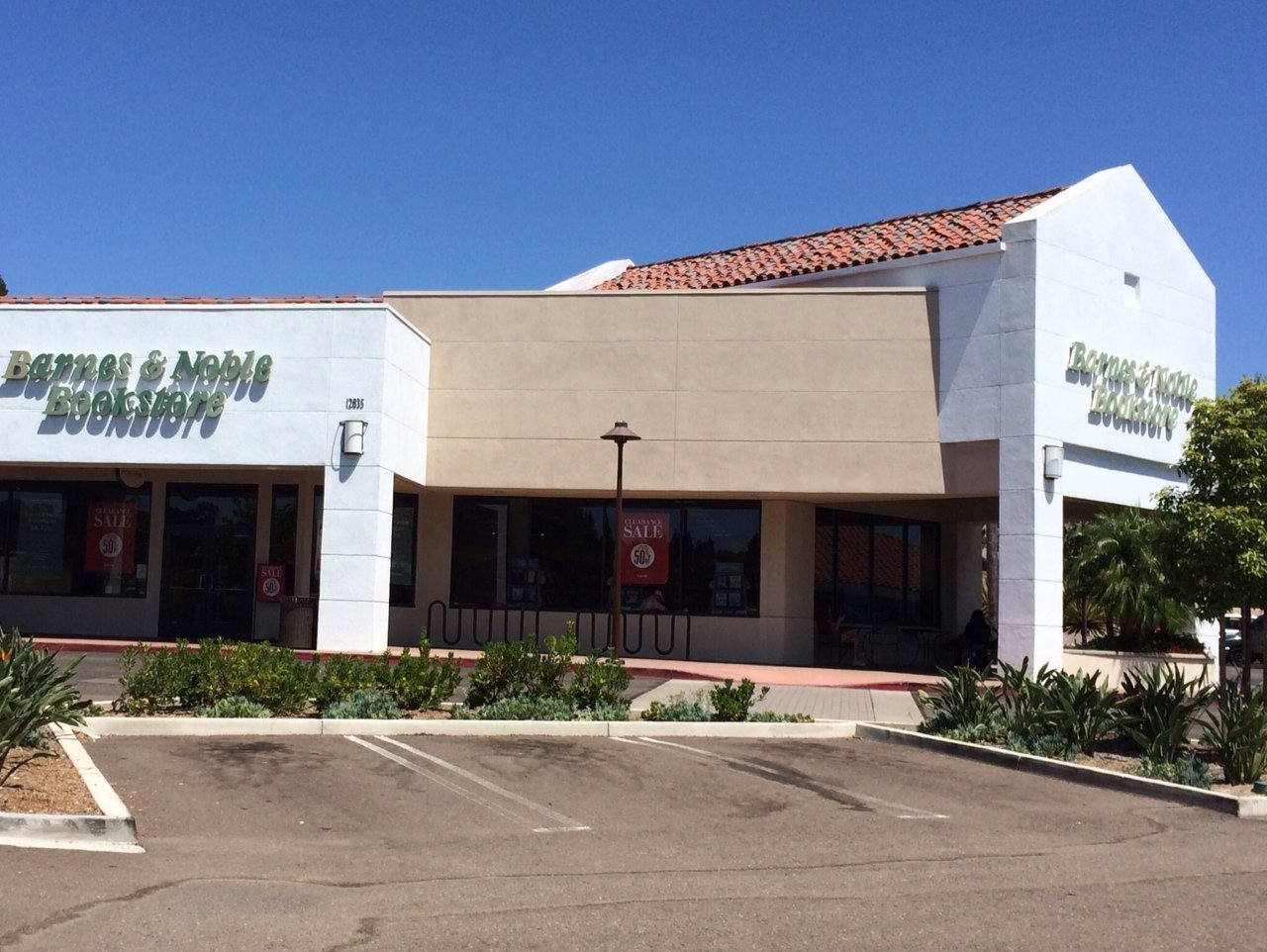barnes \u0026 noble in carmel valley closes after 21 years del mar times
