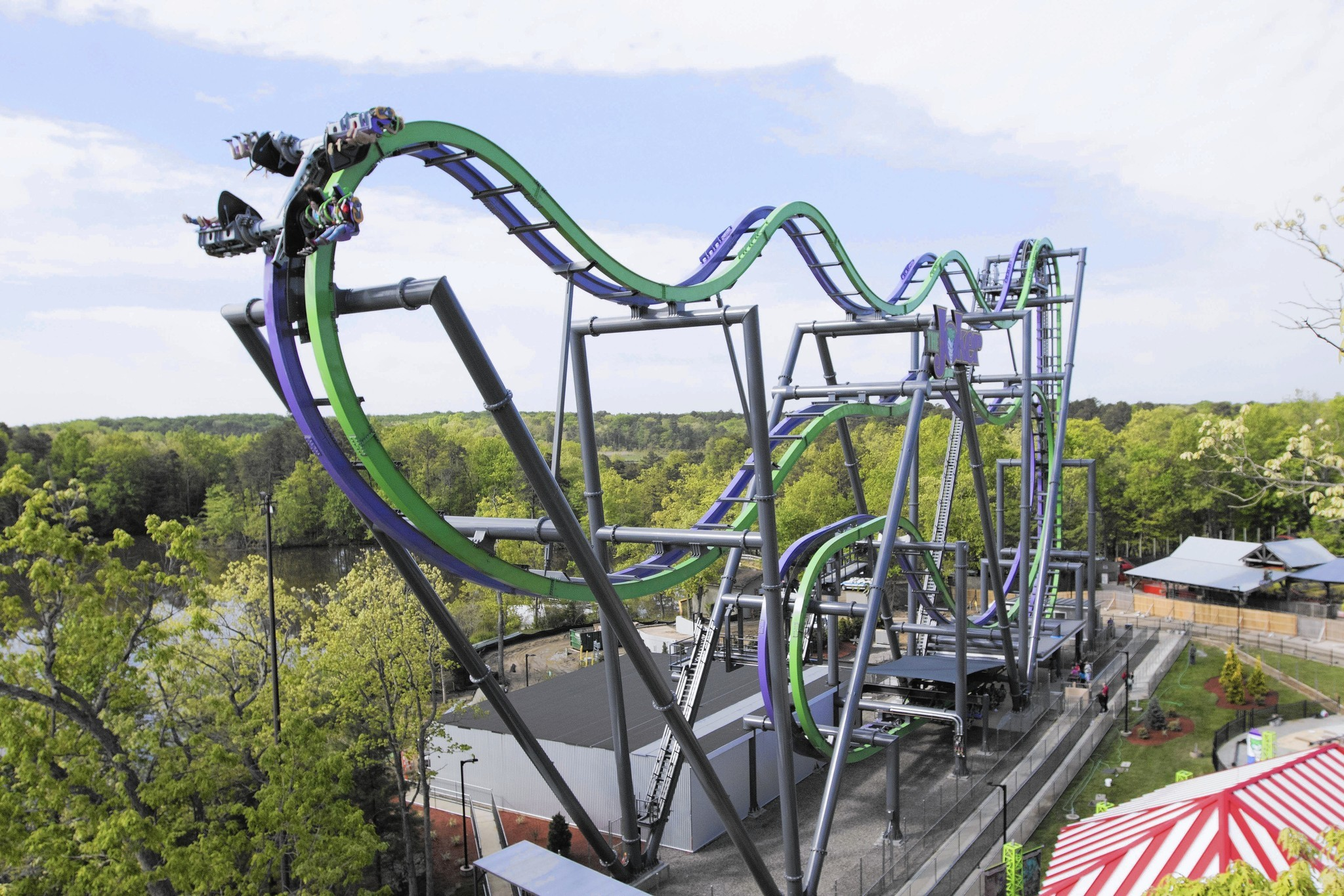 Six Flags Great America Announces New Free Fly Roller