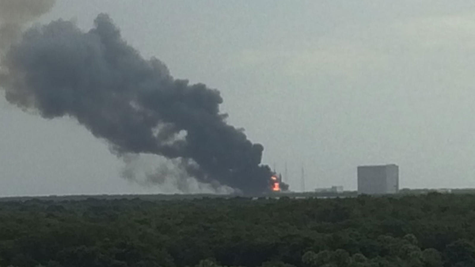 Cape Canaveral rocked by SpaceX launch pad explosion ...
