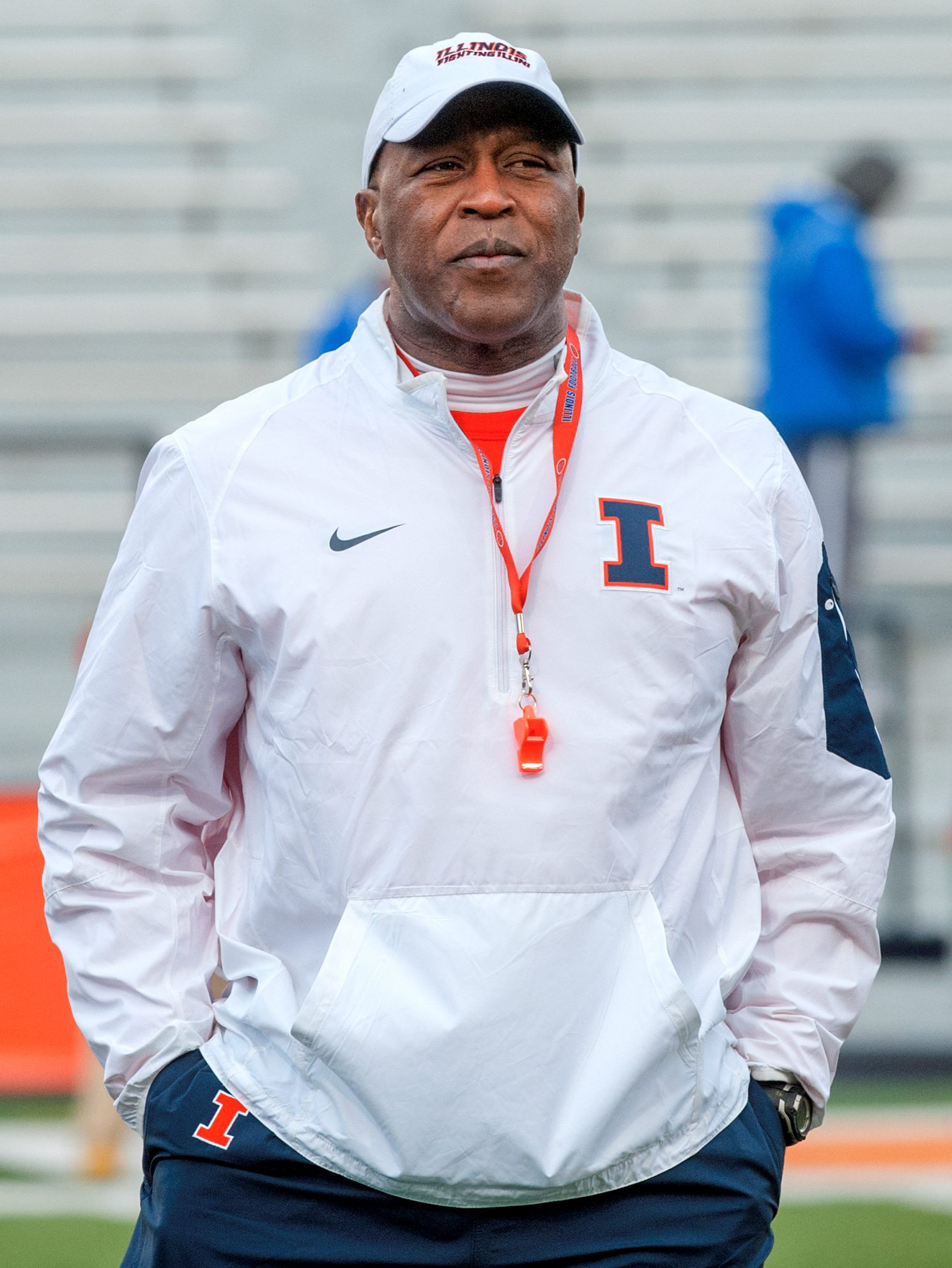 Lovie Smith's debut as Illinois coach has student interest ...