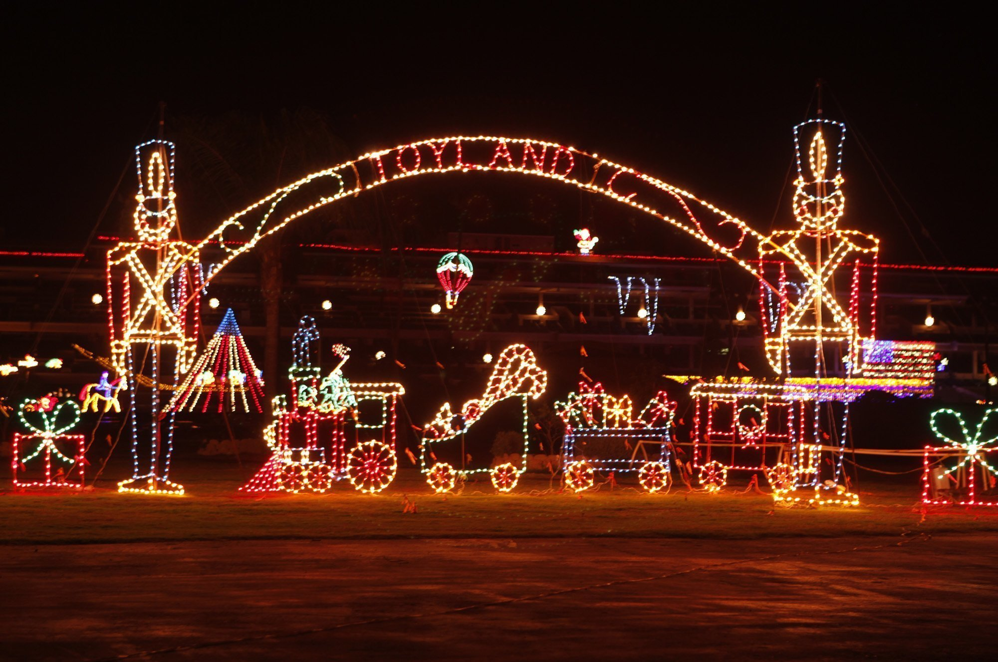 Del Mar light show takes a holiday - The San Diego Union-Tribune