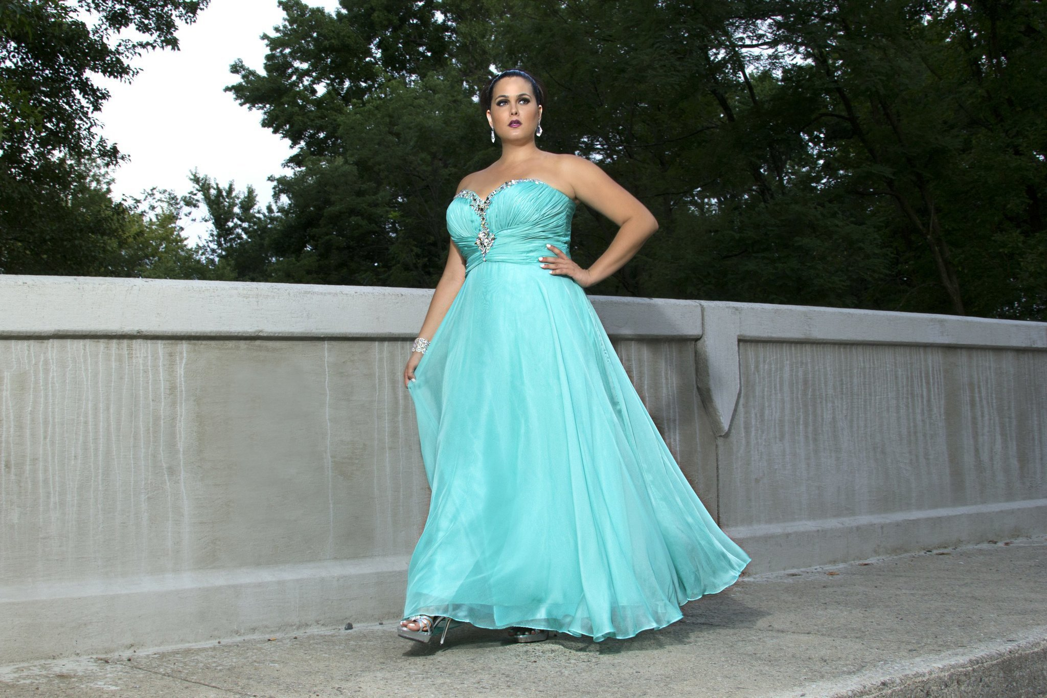 Prom Dress Shopping Perilous For Plus Size Girls The San Diego