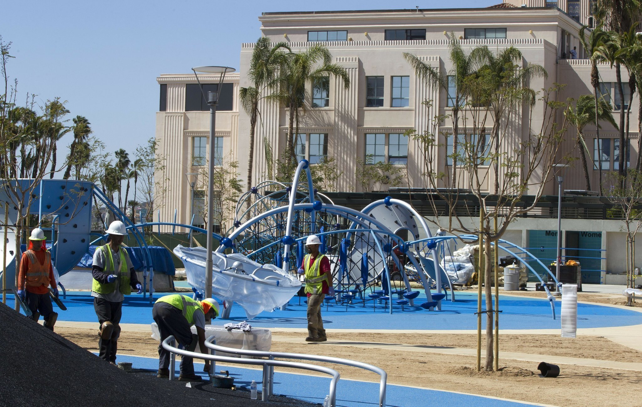 Waterfront Park Opening With A Splash The San Diego