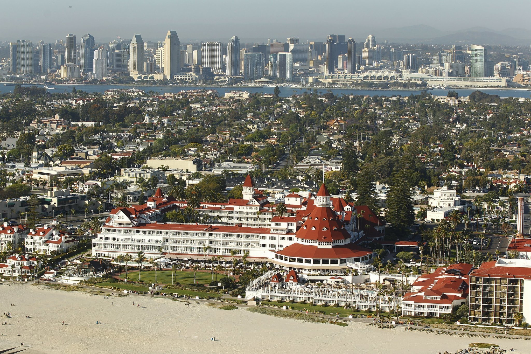 Strategic An Owner Of The Hotel Del Coronado Will Acquire 100 Percent Ownership From Blackstone Group San Go Union Tribune