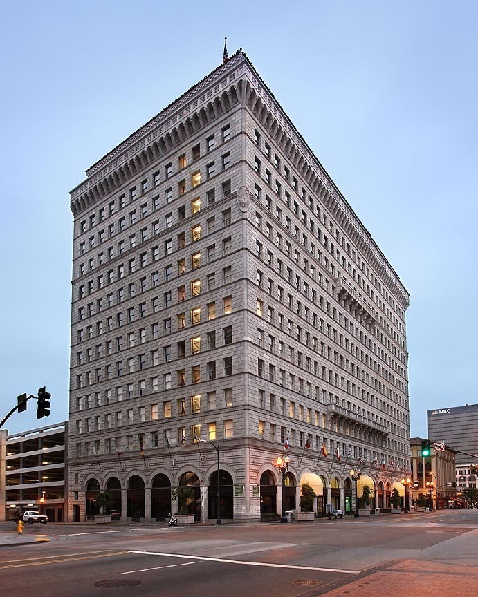 You could live in this historic building the san diego - Apartment buildings san diego ...