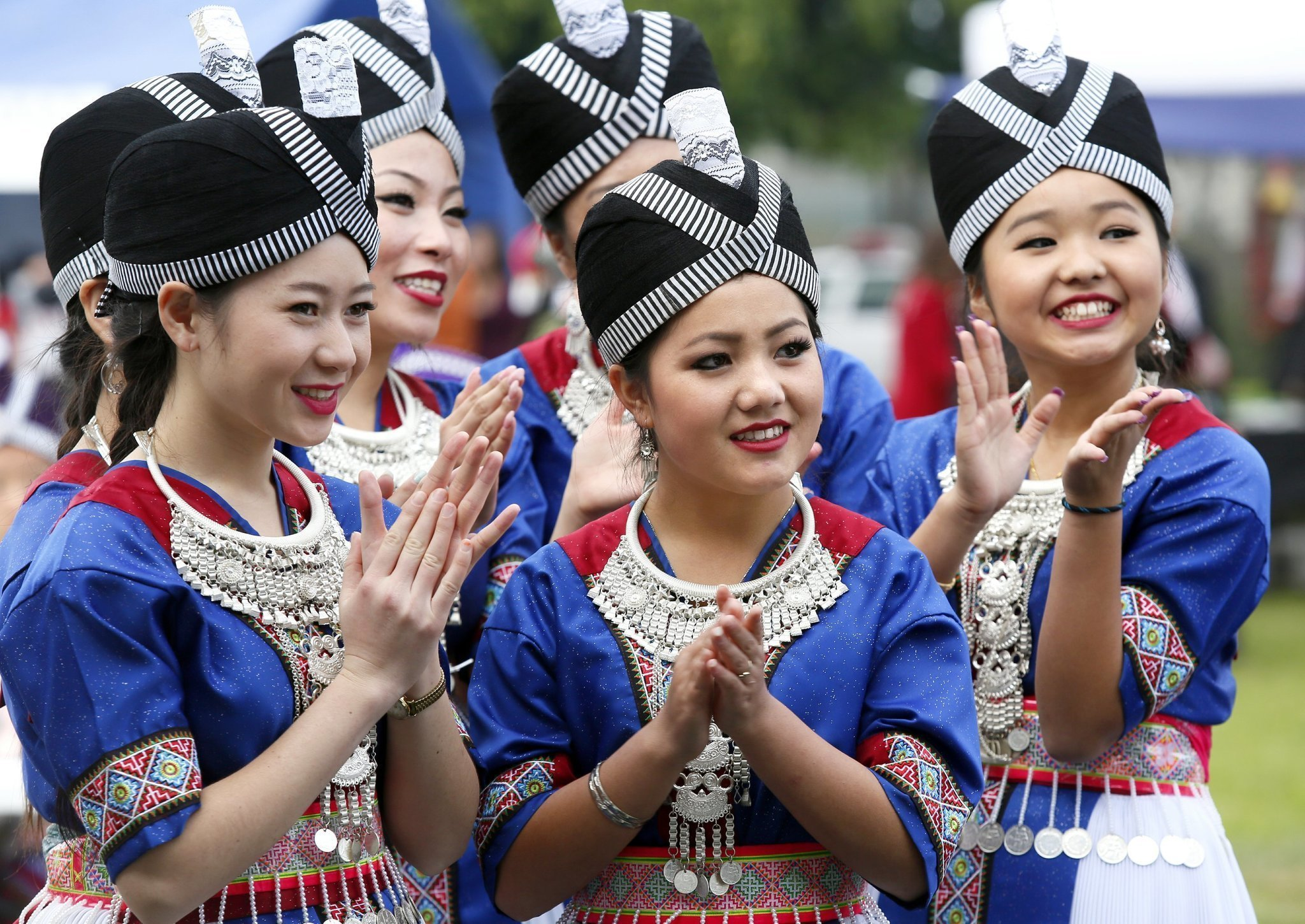 San Diego S Hmong Mark New Year The San Diego Union Tribune