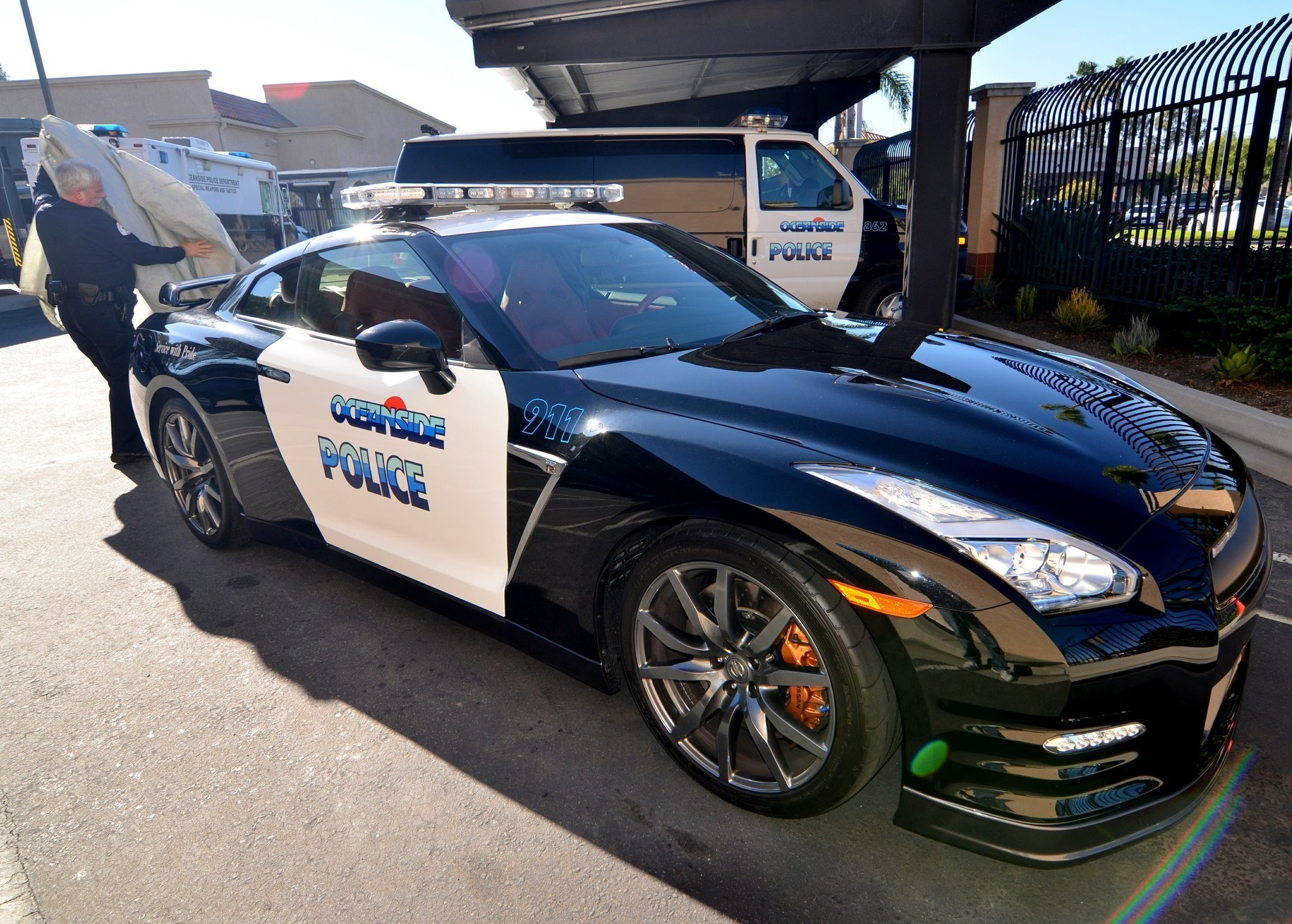 oceanside police show off new wheels the san diego union. Black Bedroom Furniture Sets. Home Design Ideas