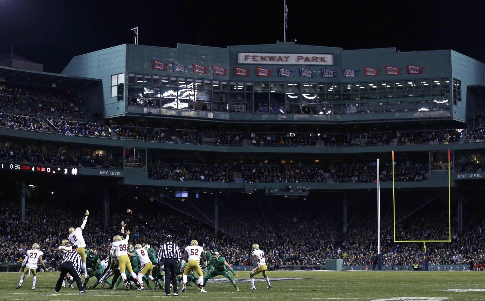 no 5 notre dame beats boston college 19 16 at fenway park the san