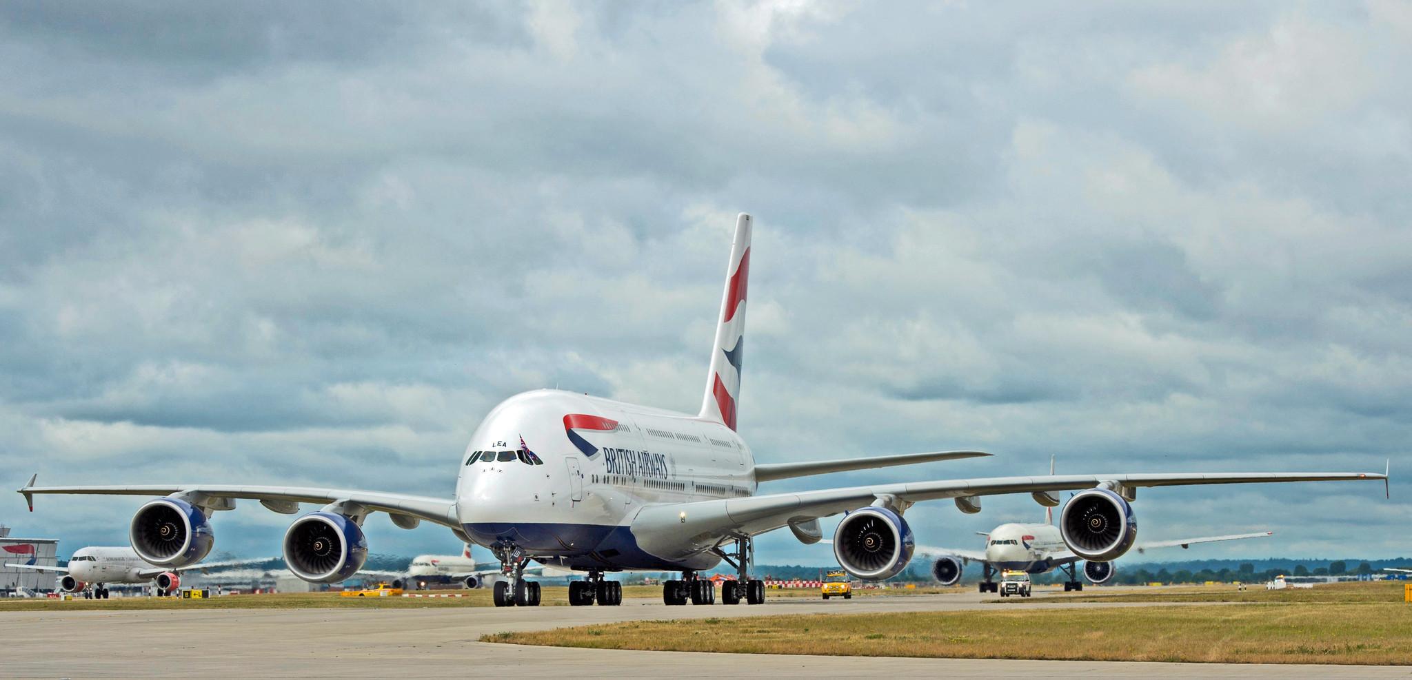 hot sale online 1bdb6 c1e64 ... Orlando-bound flight diverts to Boston due to unruly passenger -  Orlando Sentinel ...