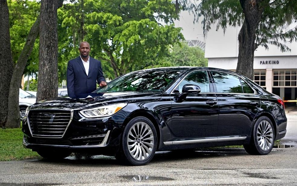 hyundai targets south florida as 39 top priority 39 for launch of new genesis brand sun sentinel. Black Bedroom Furniture Sets. Home Design Ideas