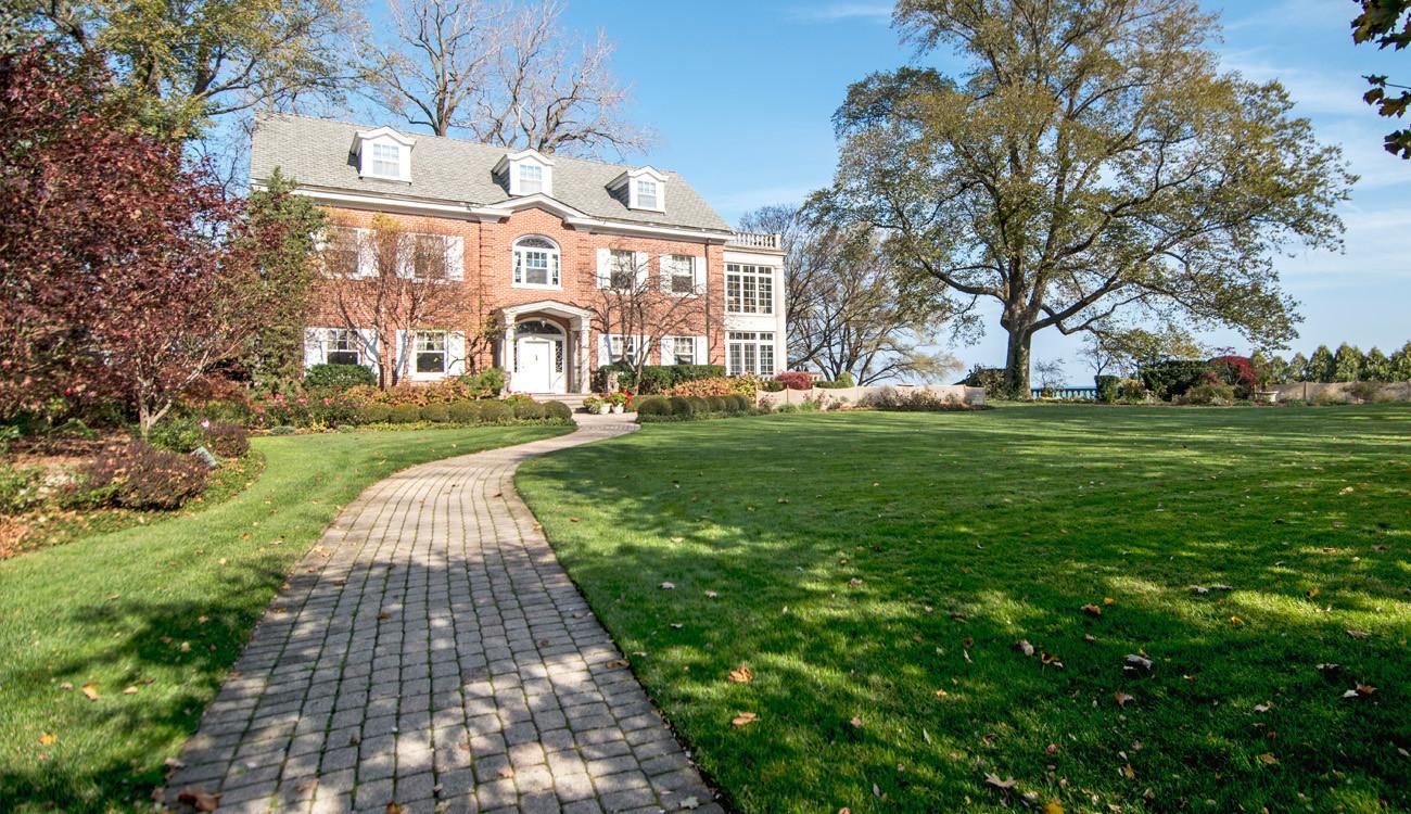 evanston mansion goes for $4.9 million, setting record for