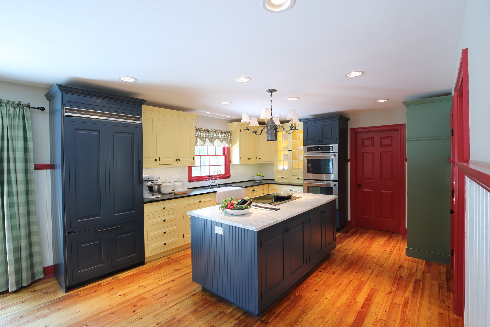 Kitchens With Character Days Of All White Cabinets