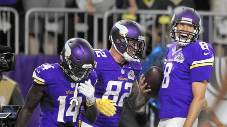Sam Bradford leads Vikings over Packers 17-14 in Minnesota debut 110f380a9