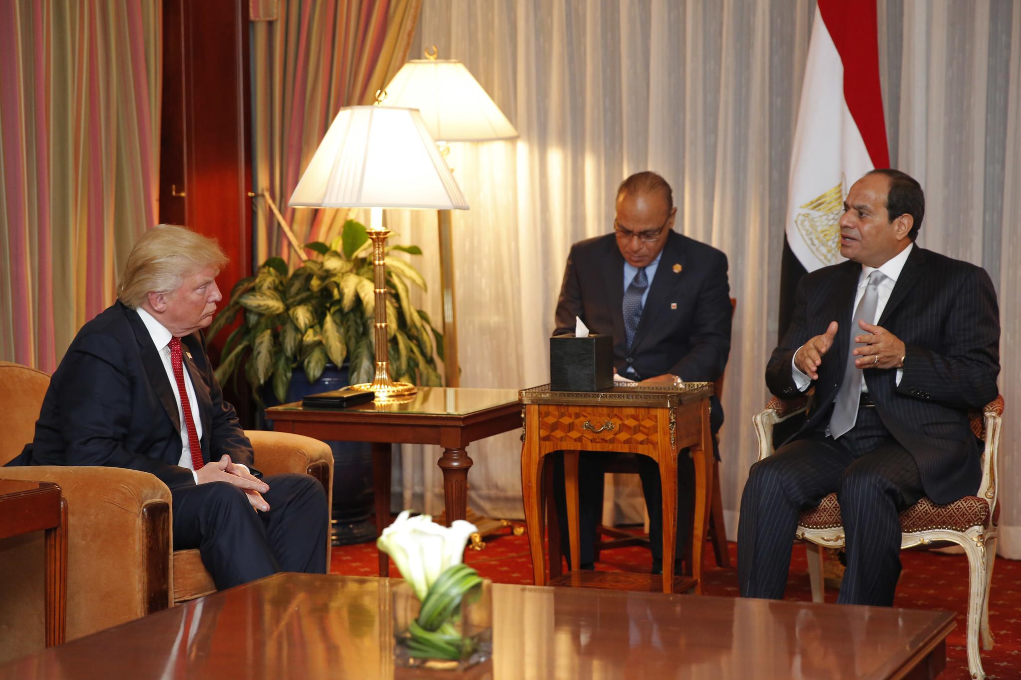 Donald Trump meets with Egyptian President Abdel Fattah Sisi on Monday. (Dominick Reuter / AFP-Getty Images)