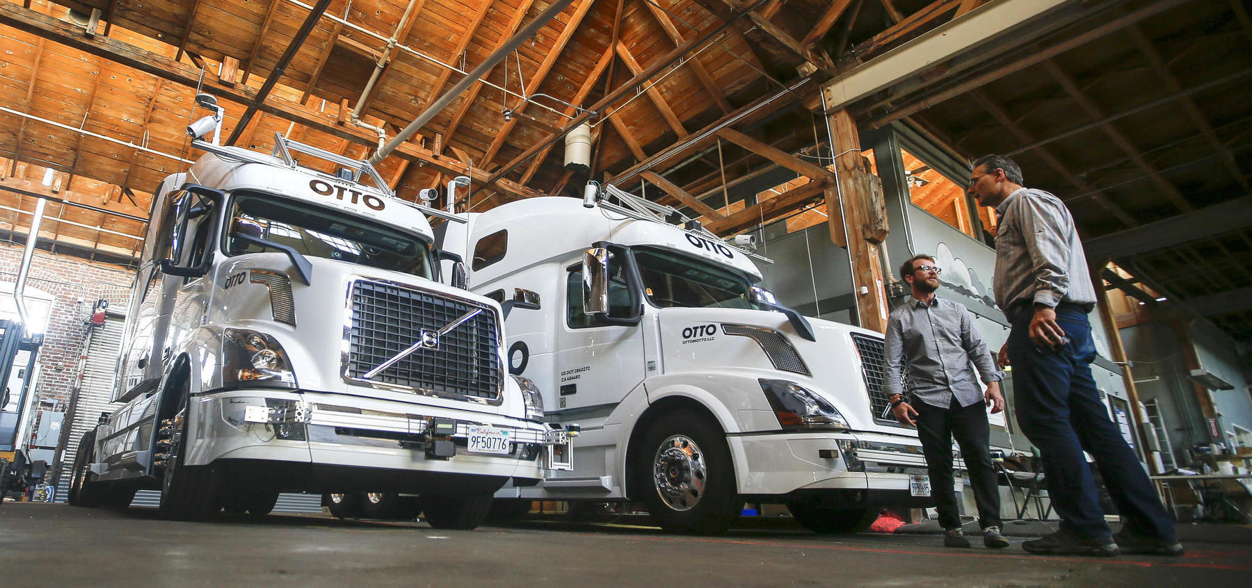 Robots could replace 1.7 million American truckers in the next decade
