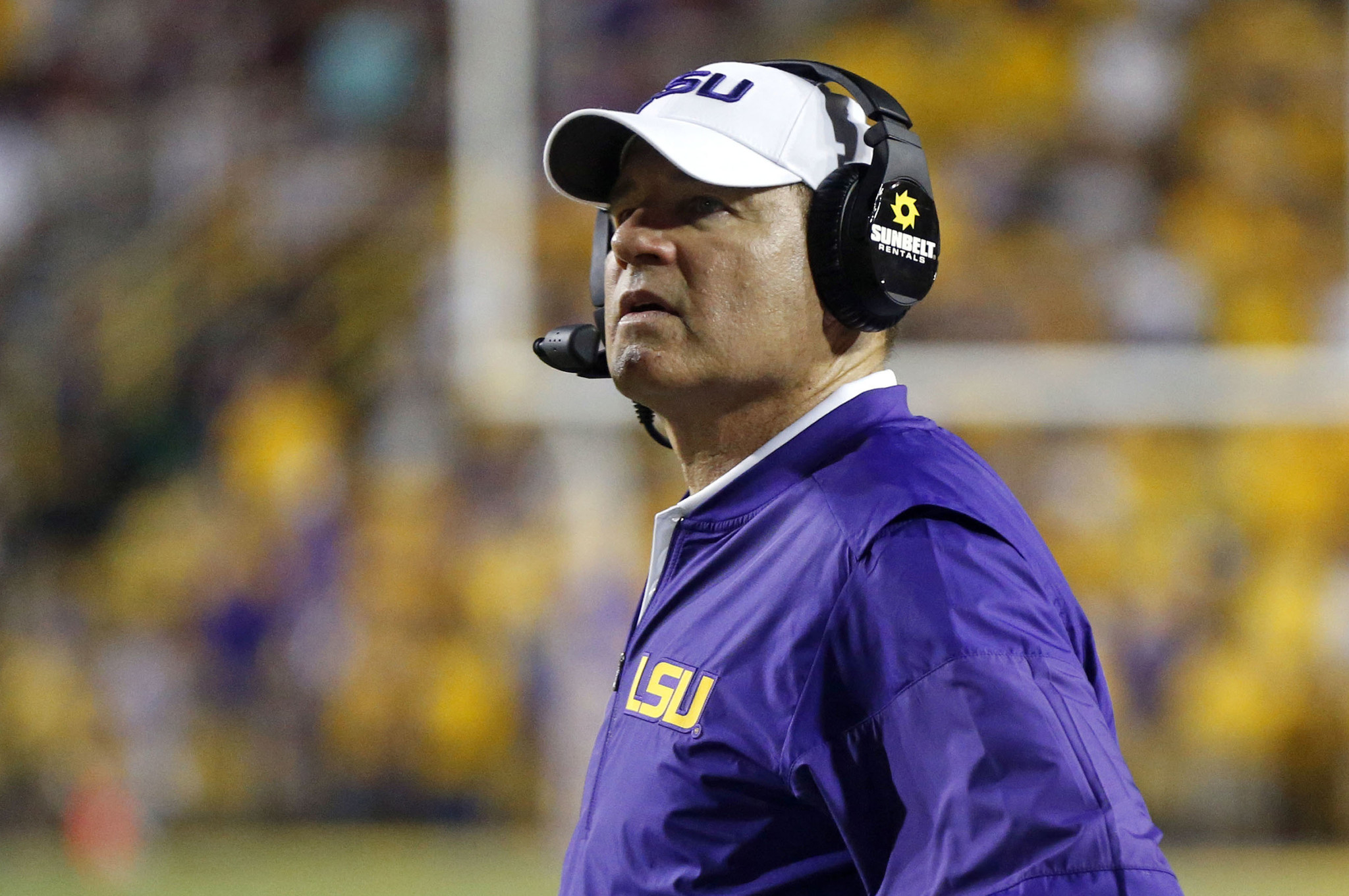 098443a40ec7f The quirks and heart of Les Miles