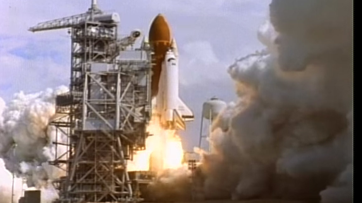 space shuttle discovery blow up - photo #42