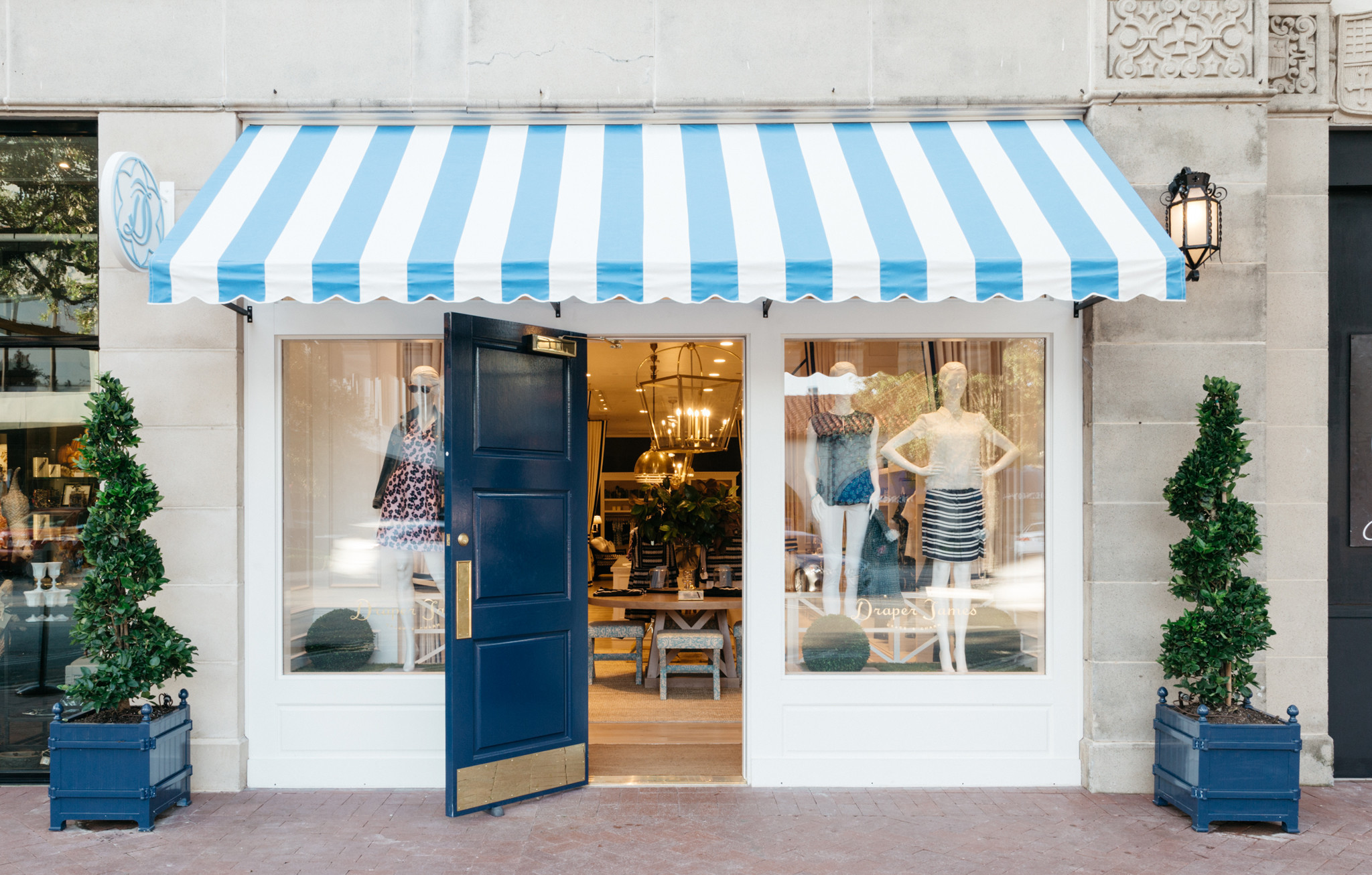 Exterior: Reese Witherspoon Opens Second Draper James Store