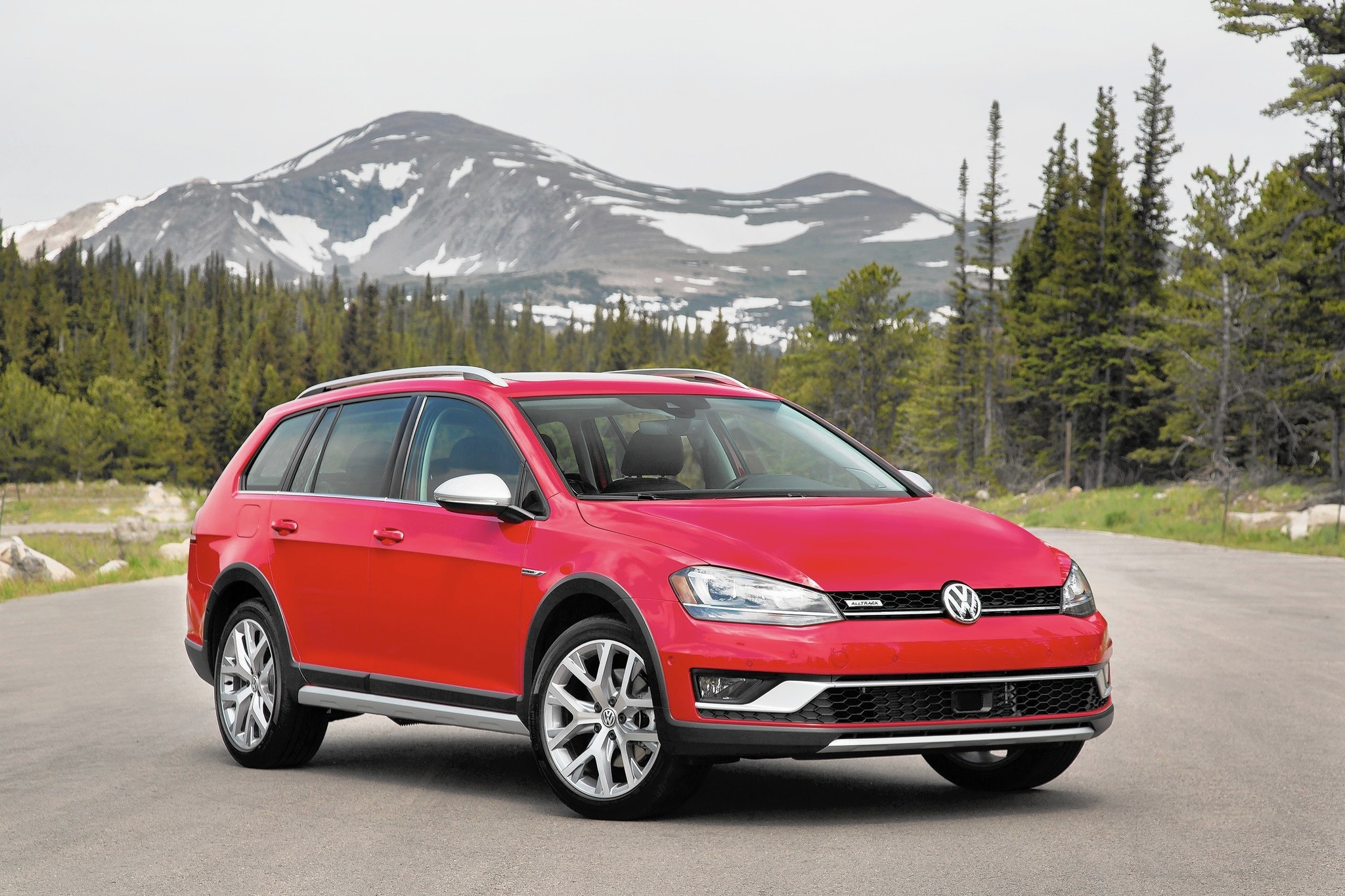 2017 Volkswagen Golf Alltrack Wagon Offers Outback Alternative Chicago Tribune