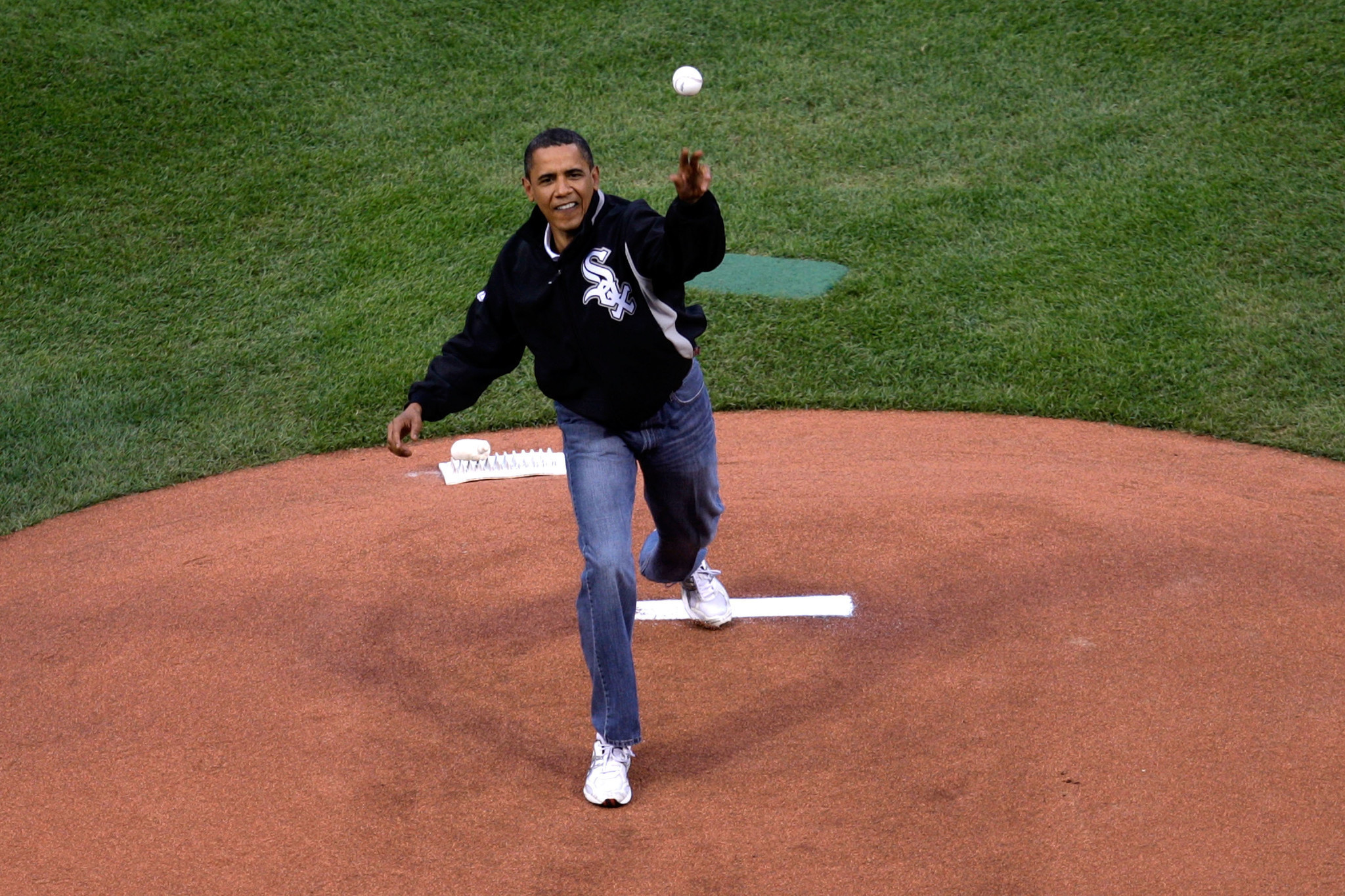 Sox fan Obama unlikely to attend Cubs playoff games this ...