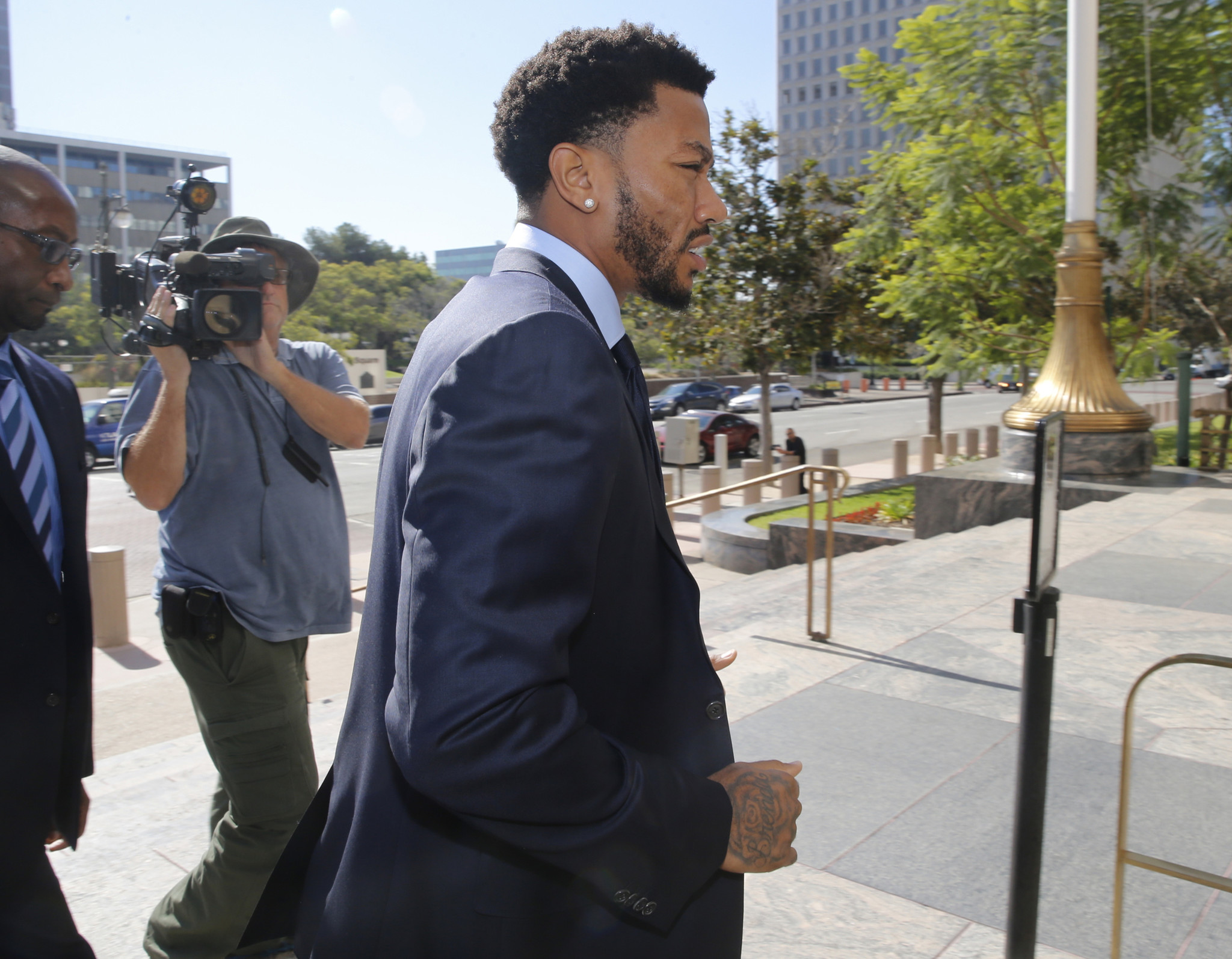 6c082e4abf92 Derrick Rose says he assumed ex-girlfriend consented to sex ...