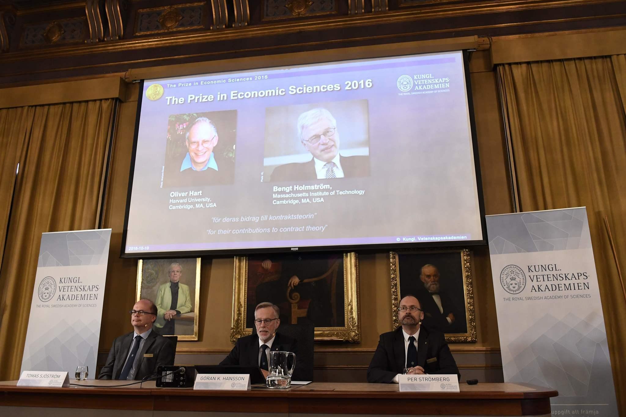 Harvard economics thesis prize