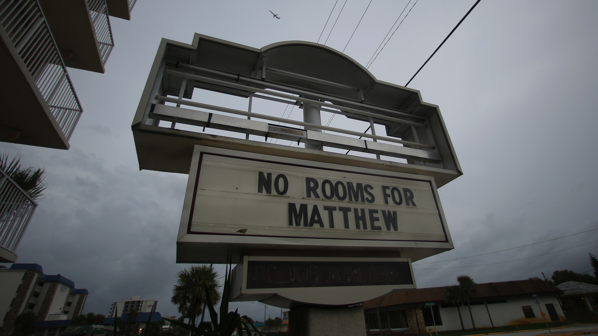 Gas Prices In Orlando Florida >> Hurricane Matthew spurs 2,700 price-gouging complaints