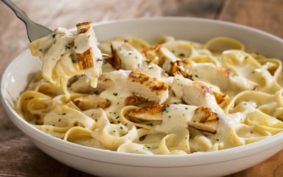 All The Pasta You Can Eat With Olive Garden S Never Ending: Olive Garden's Never Ending Pasta Bowl Promotion Has