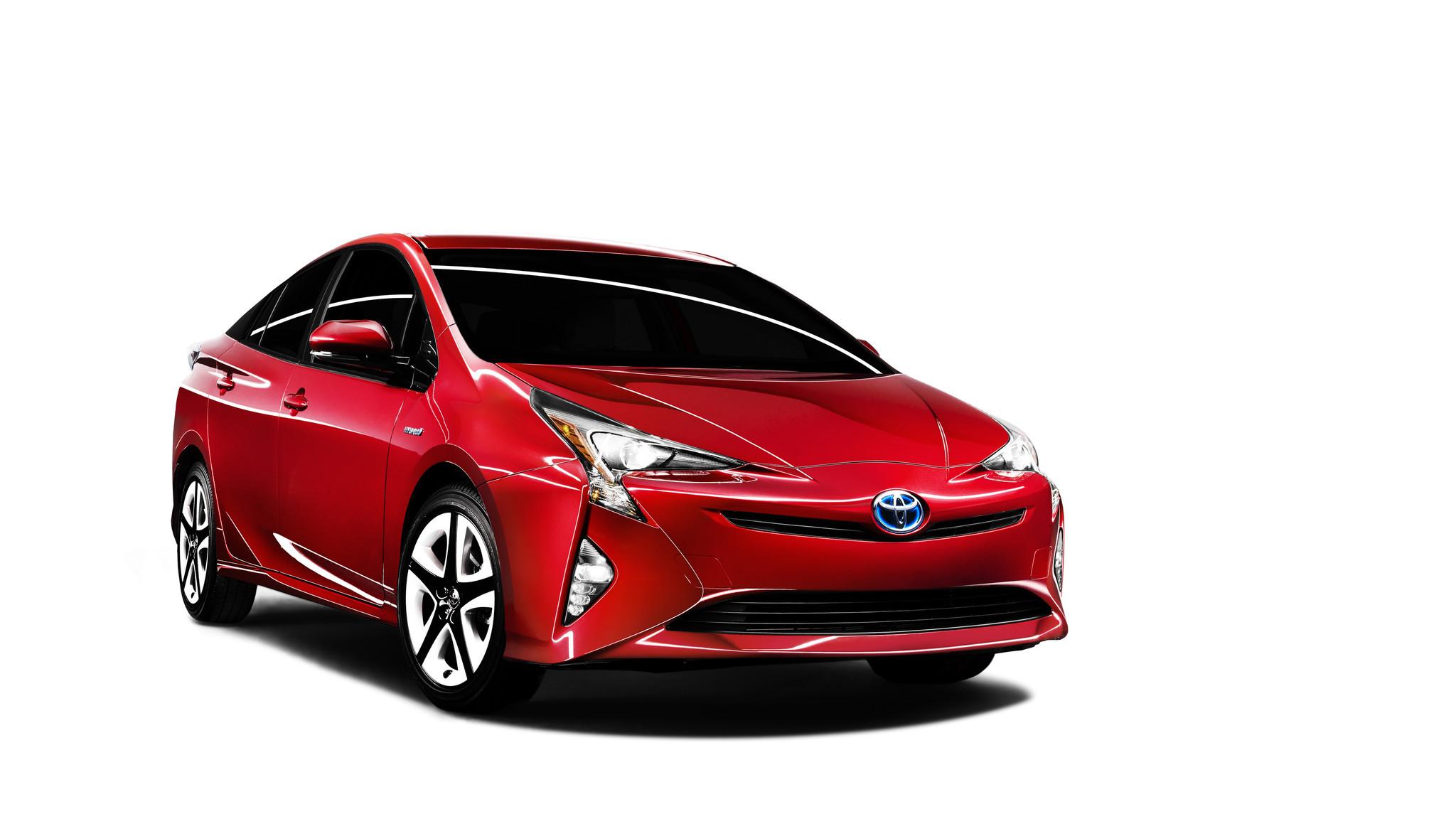 Toyota Acknowledges Reports Of Crashes S Recalls 340 000 Prius Cars Chicago Tribune