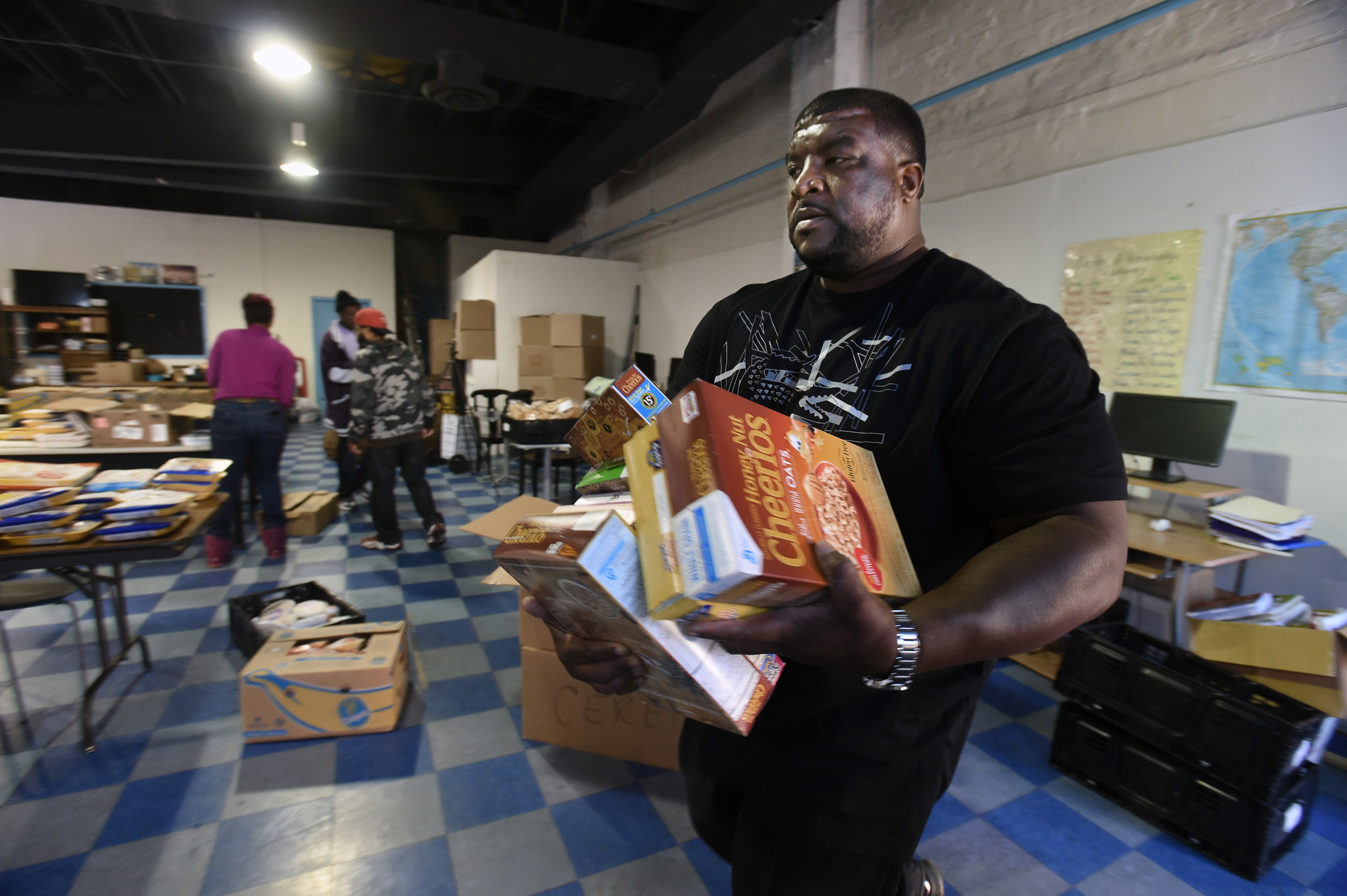 Community Center Gives Gop Chance To Engage In West Baltimore Baltimore Sun