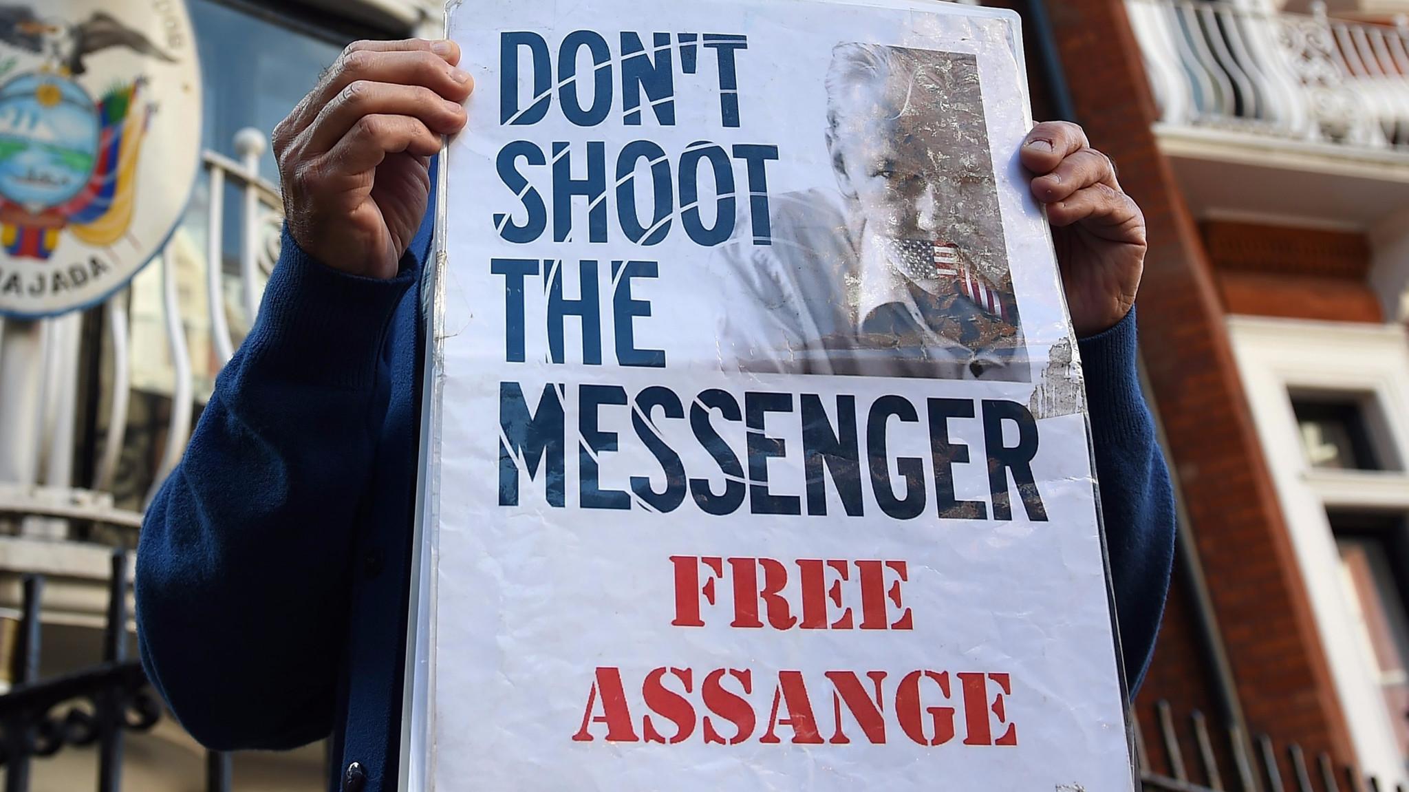 live leaks wiki wikileaks julian assange whistleblowing outfit  what the wikileaks emails tell us about hillary clinton la times wiki leaks