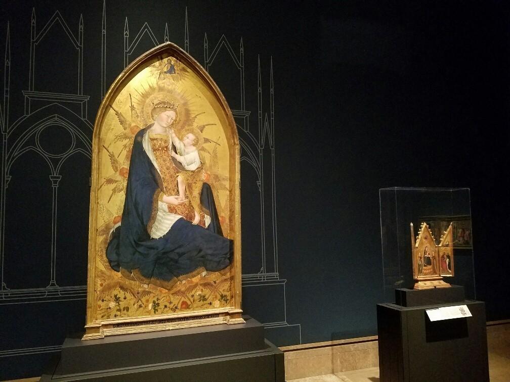 A chapel altarpiece and a private devotional altar anchor the Giovanni di Paolo exhibition.