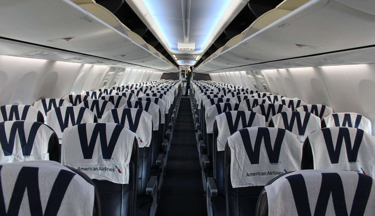 American Airlines Is Flying The W Chicago Tribune