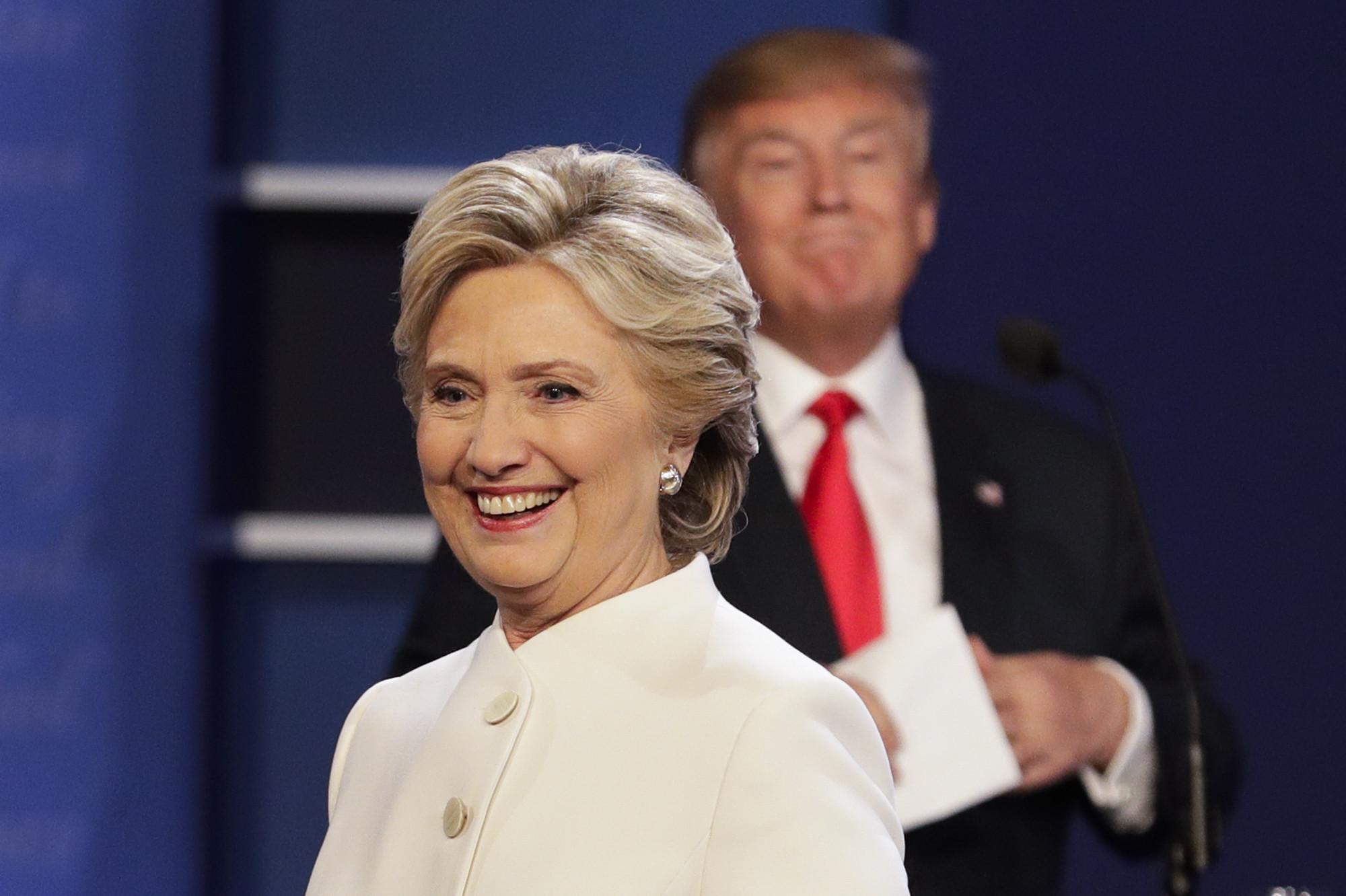 Trump hillary clinton ar ond