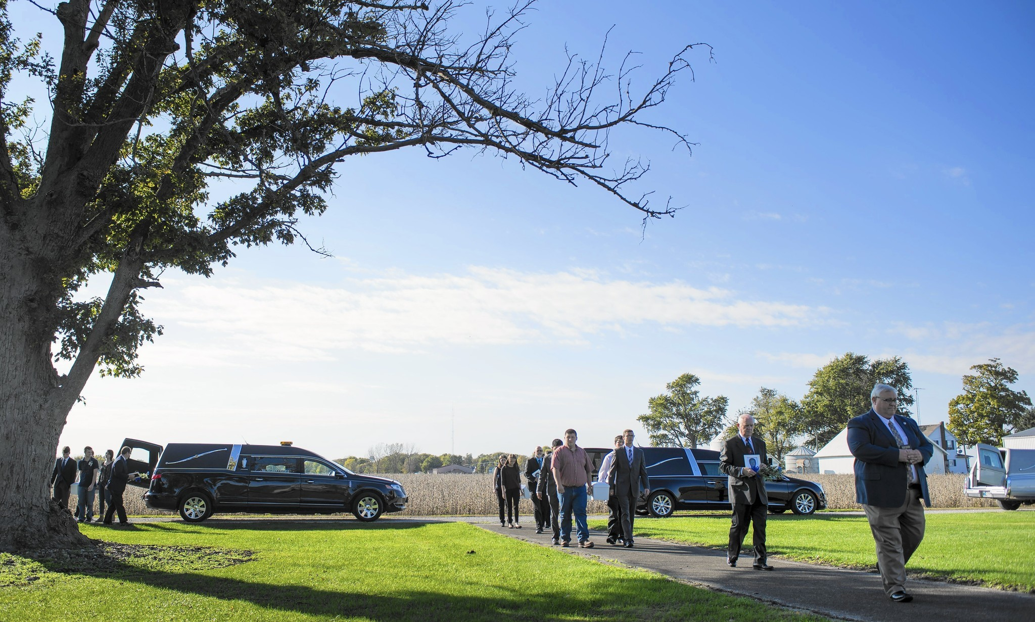 Funeral services held for 3 unidentified homicide victims