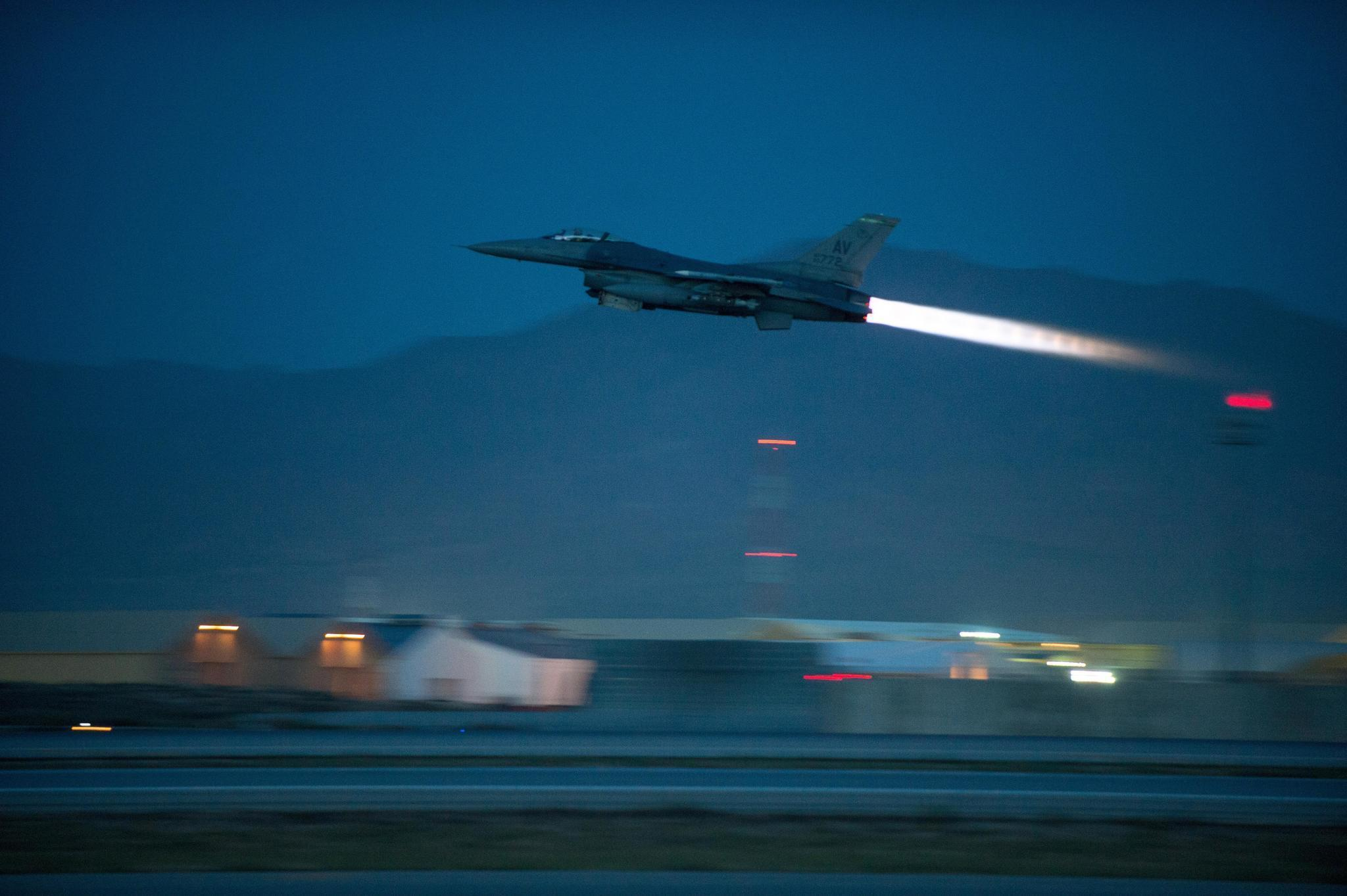 taliban s deadly onslaught across afghan provinces draws increased taliban s deadly onslaught across afghan provinces draws increased u s air power la times