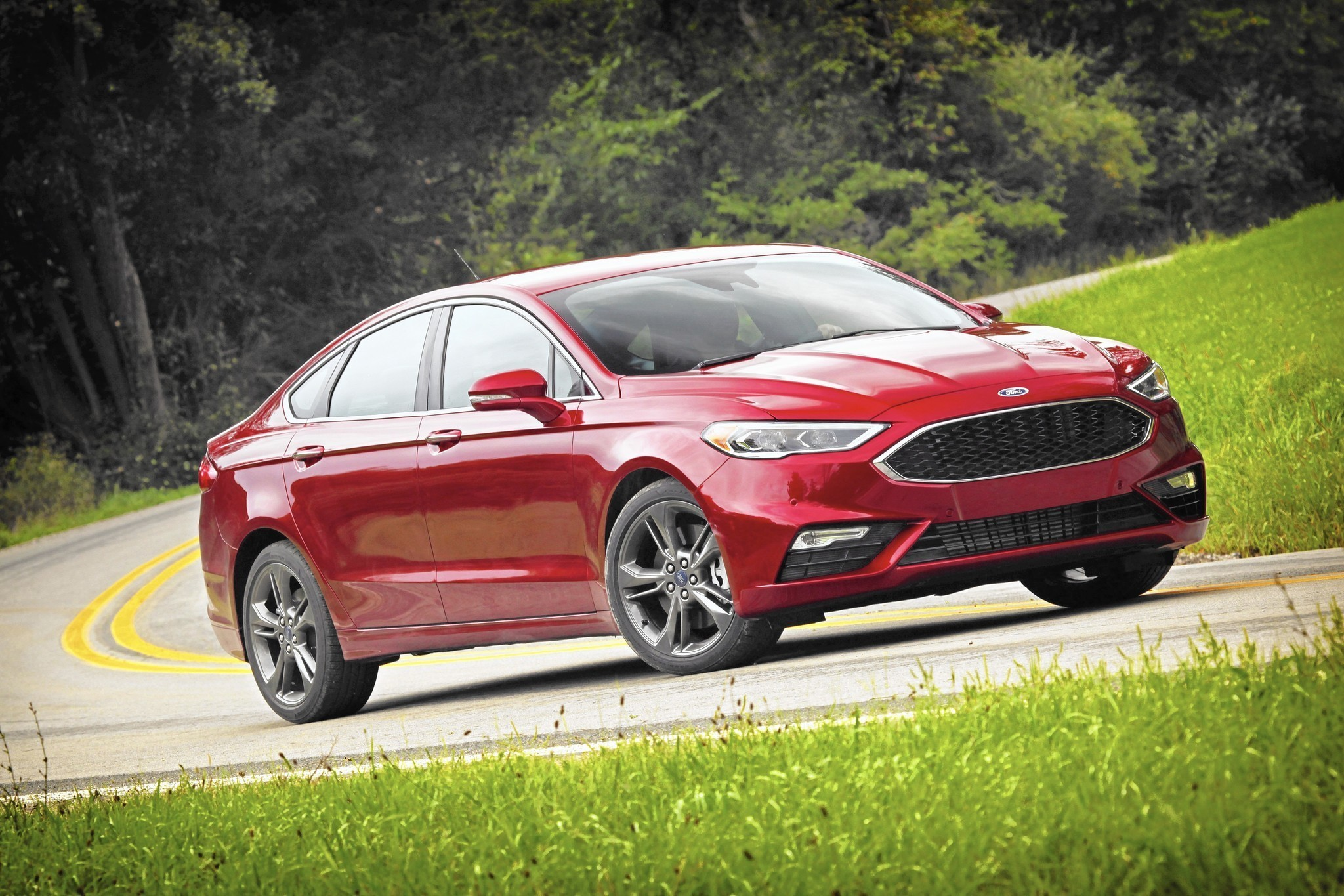 2017 ford fusion sport cuts subtle but significant edge in midsize sedan segment chicago tribune