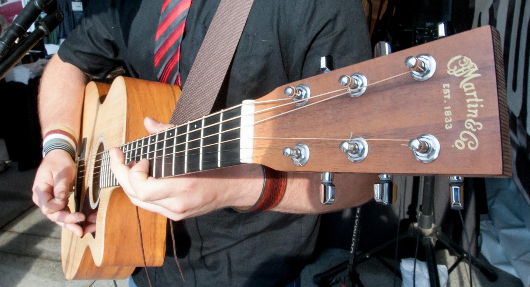 Asian built martin copy guitars photos 698