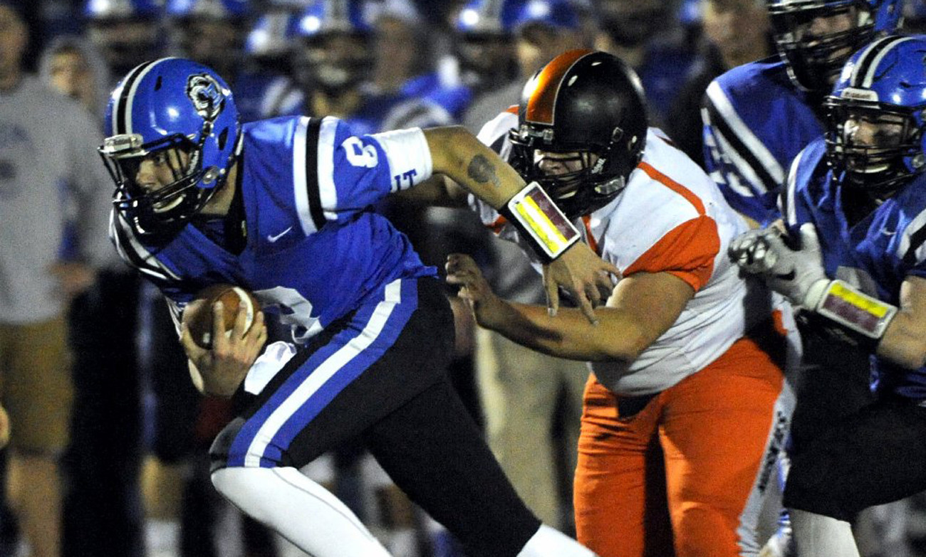 Lake Zurich Football >> Lake Zurich football coaches put on leave; police also ...