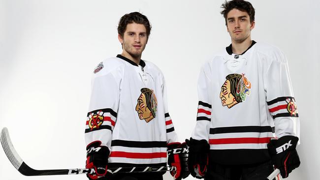 Blackhawks unveil Winter Classic uniforms - Chicago Tribune 24019f0ae