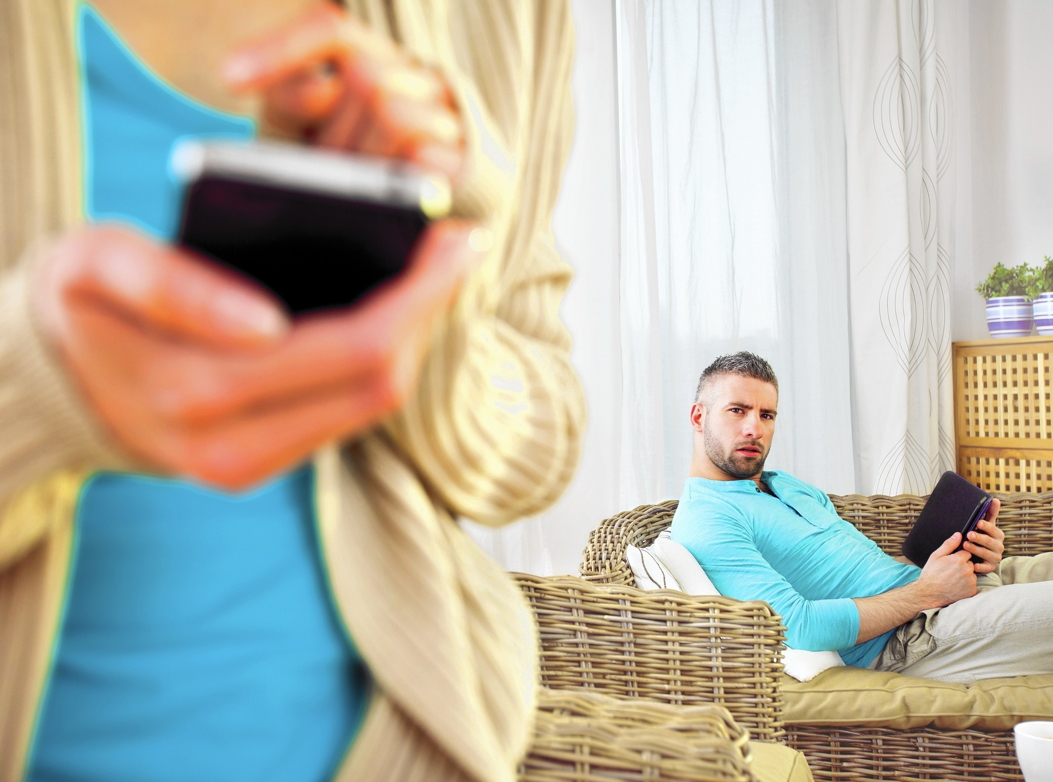 Social media cheating spouse